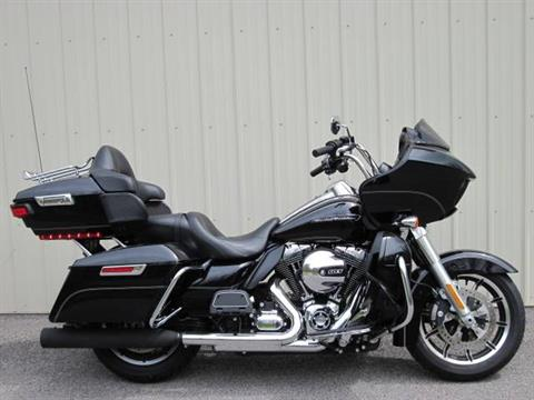 2016 Harley-Davidson Road Glide® Ultra in Guilderland, New York