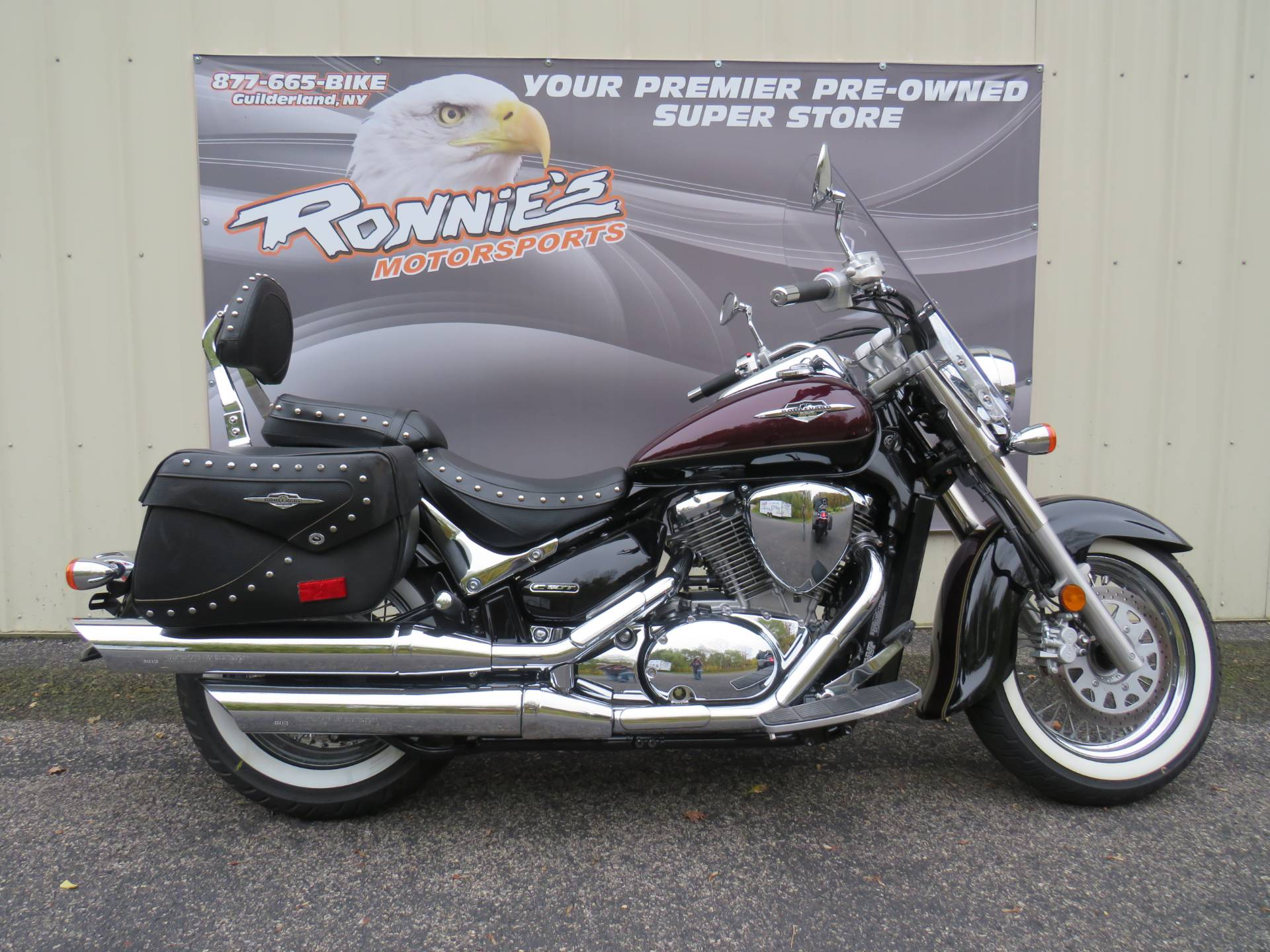 2015 Suzuki Boulevard C50T in Guilderland, New York - Photo 1