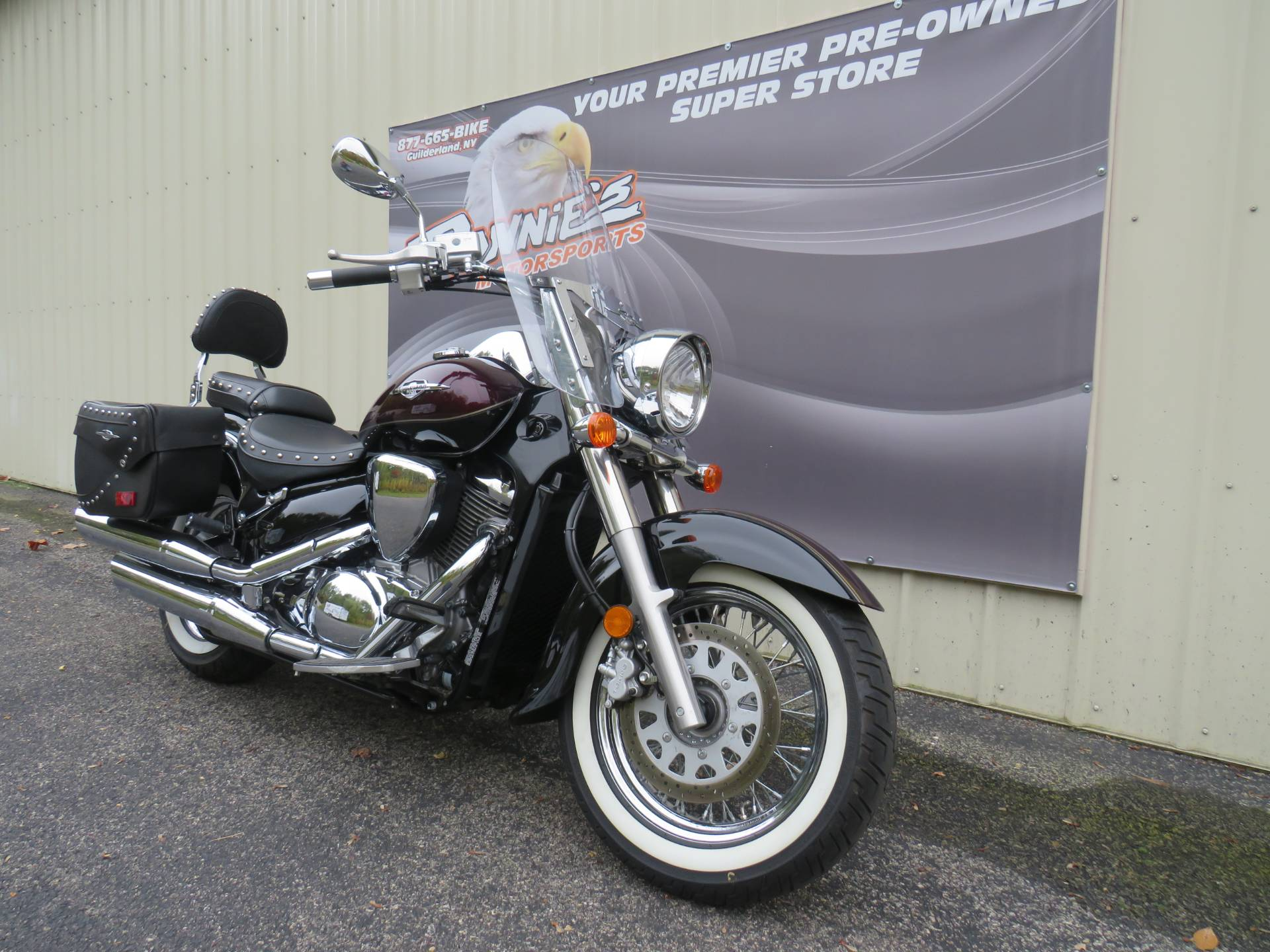 2015 Suzuki Boulevard C50T in Guilderland, New York - Photo 2