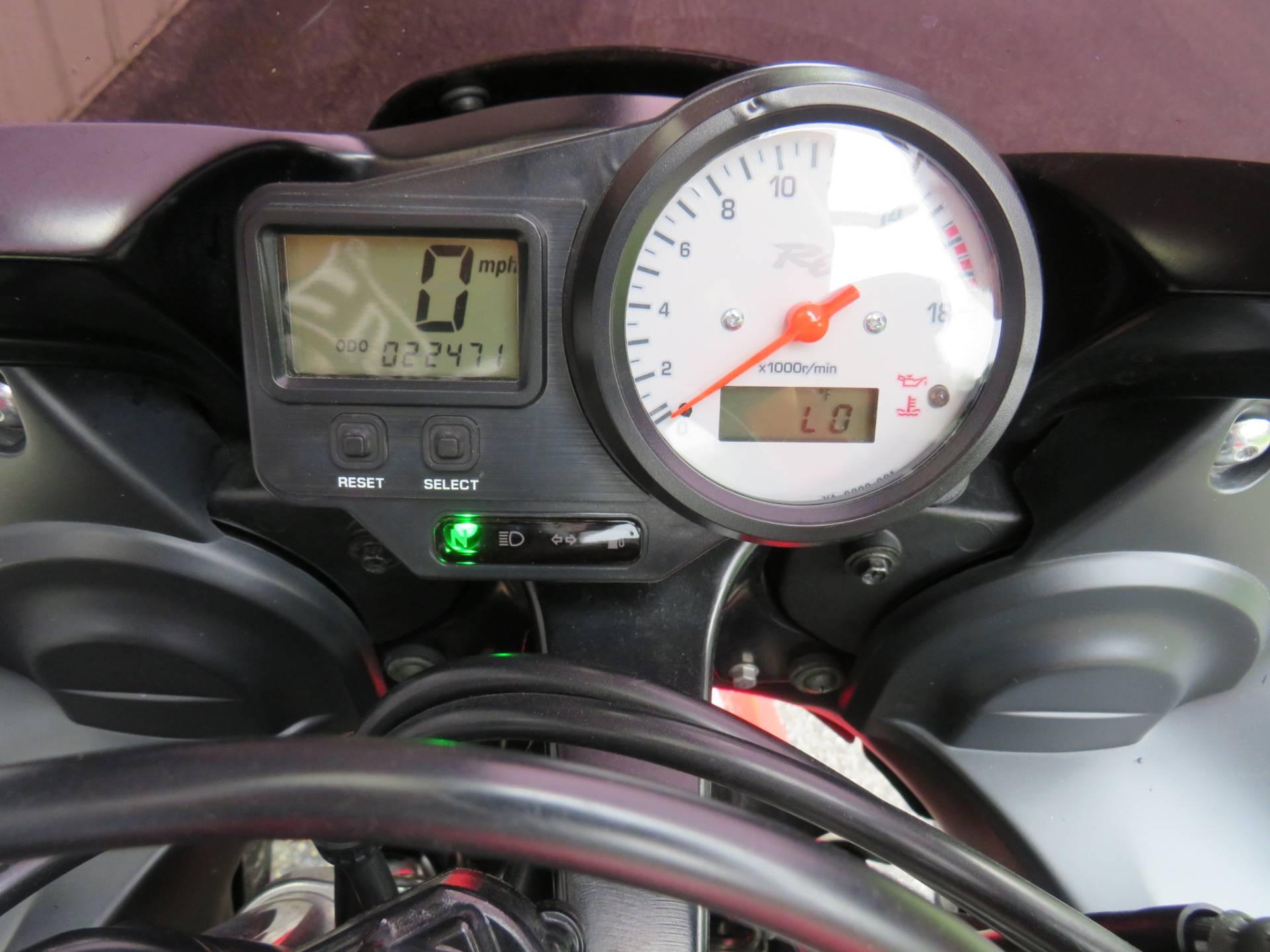 2002 Yamaha YZFR6 4