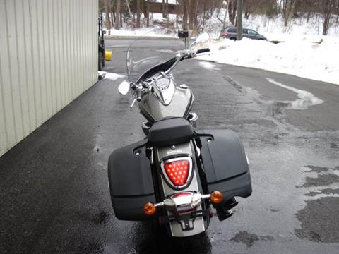2015 Suzuki Boulevard C90T in Guilderland, New York - Photo 3