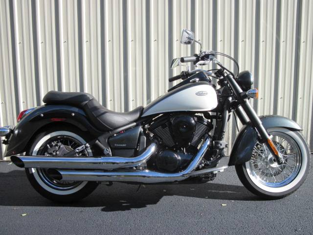 2012 Kawasaki Vulcan® 900 Classic in Guilderland, New York