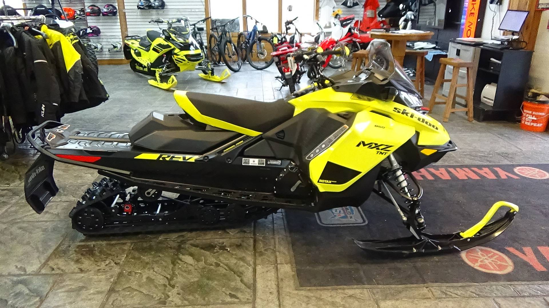 2020 Ski-Doo MXZ TNT 850 E-TEC ES Ripsaw 1.25 in Bennington, Vermont - Photo 6