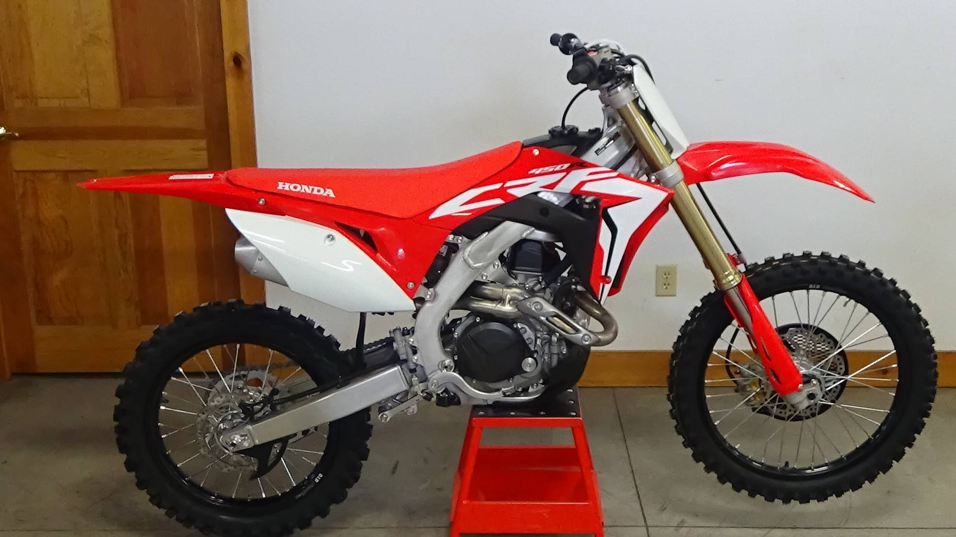 New 2019 Honda Crf450r Motorcycles In Adams Ma Stock Number 201142