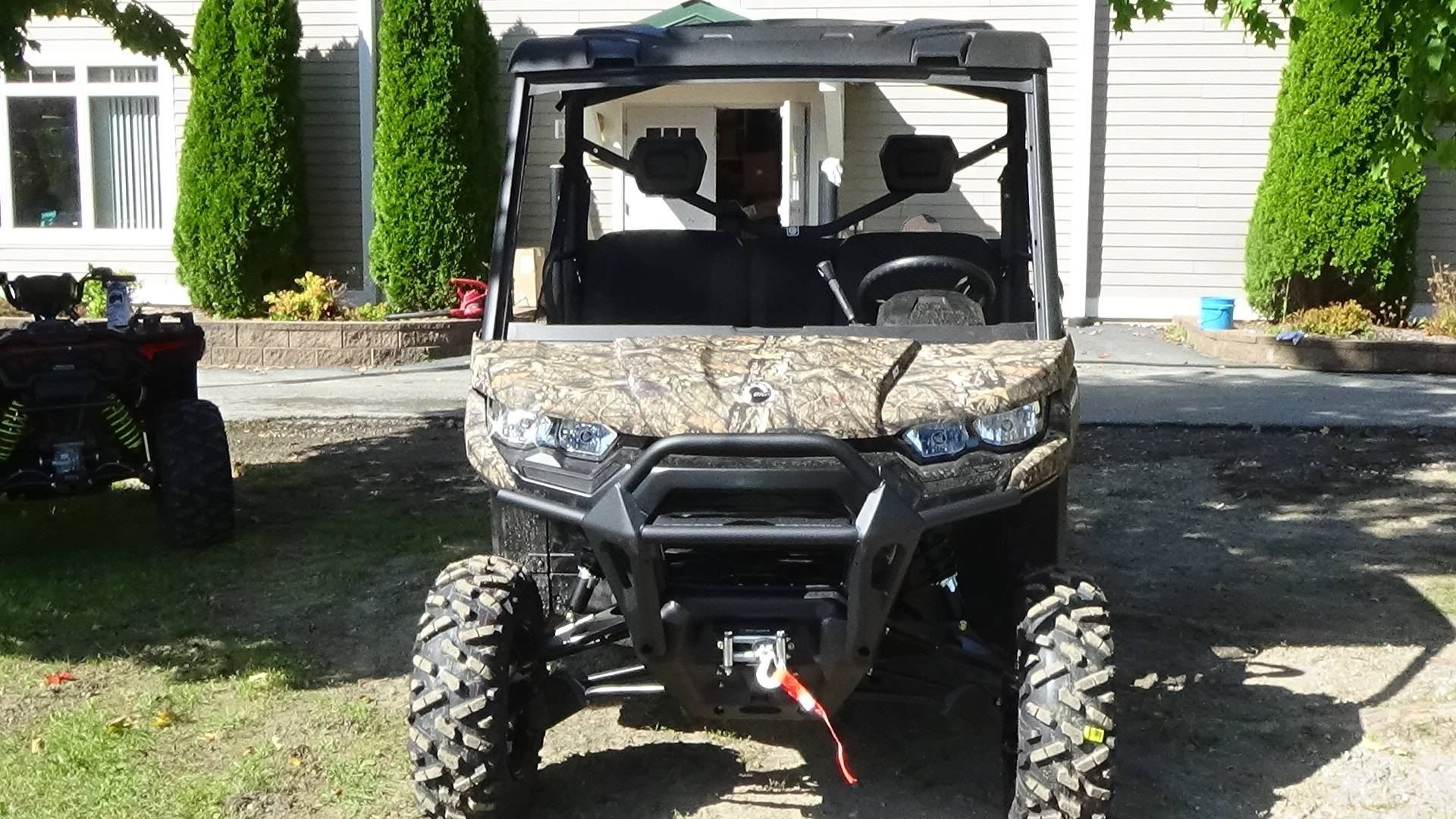 2020 Can-Am Defender XT HD10 in Bennington, Vermont - Photo 3