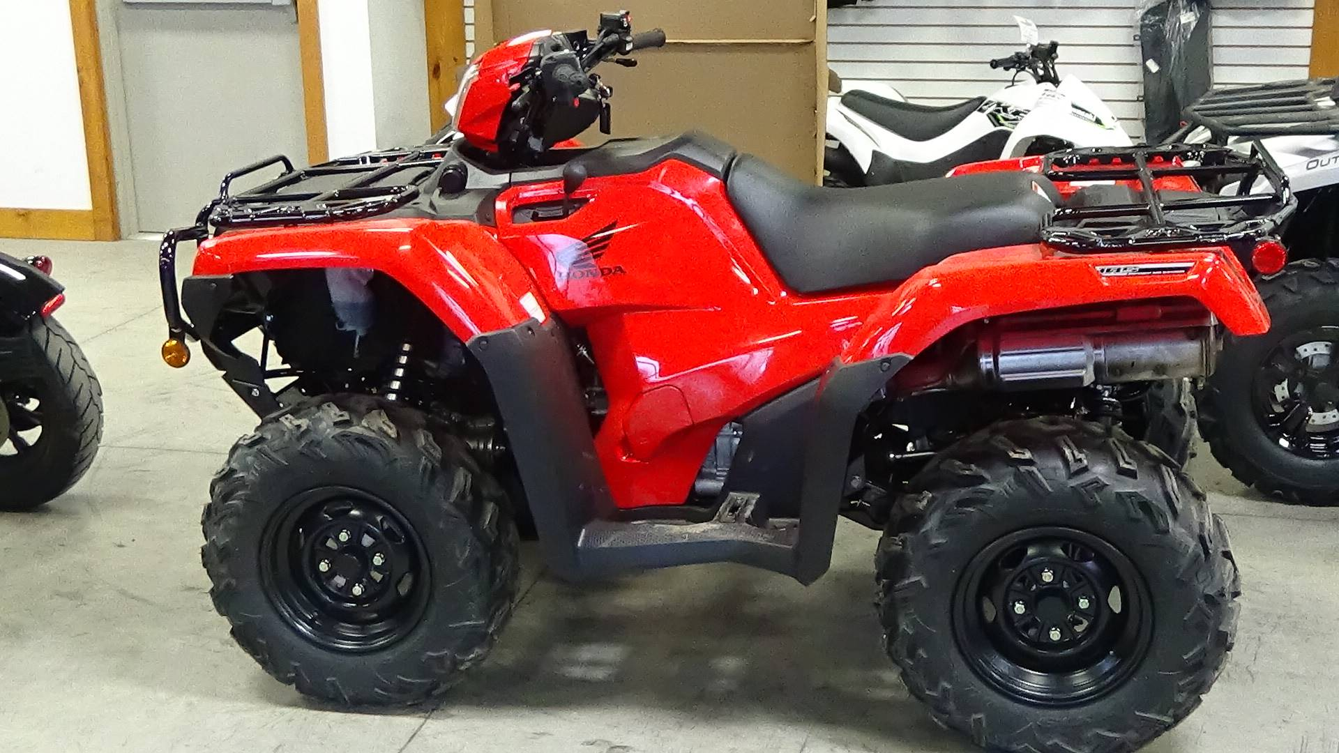2019 Honda FourTrax Foreman Rubicon 4x4 Automatic DCT EPS in Bennington, Vermont - Photo 2
