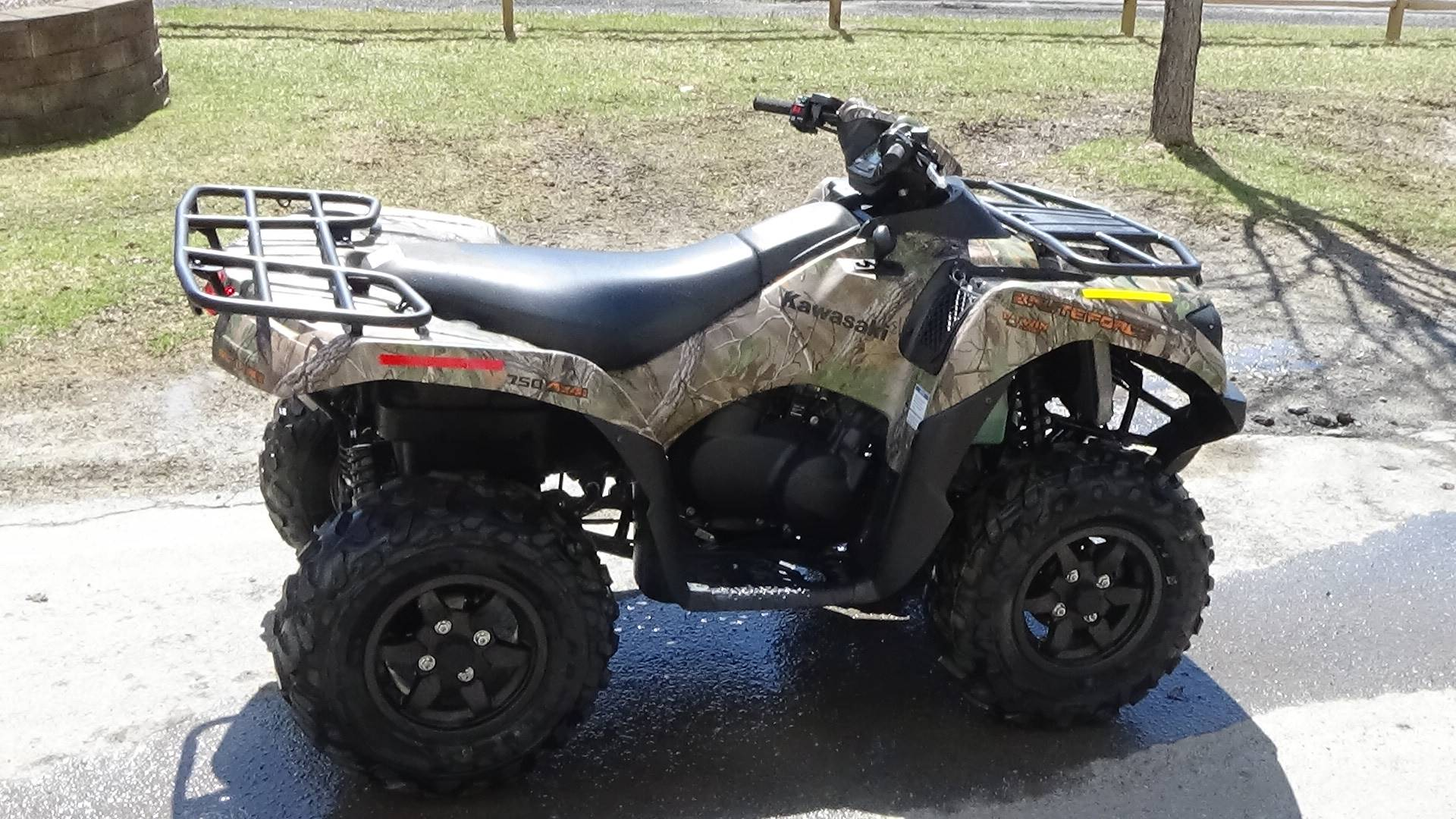 2019 Kawasaki Brute Force 750 4x4i EPS Camo in Bennington, Vermont - Photo 3