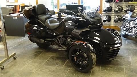 2019 Can-Am Spyder F3 Limited in Bennington, Vermont