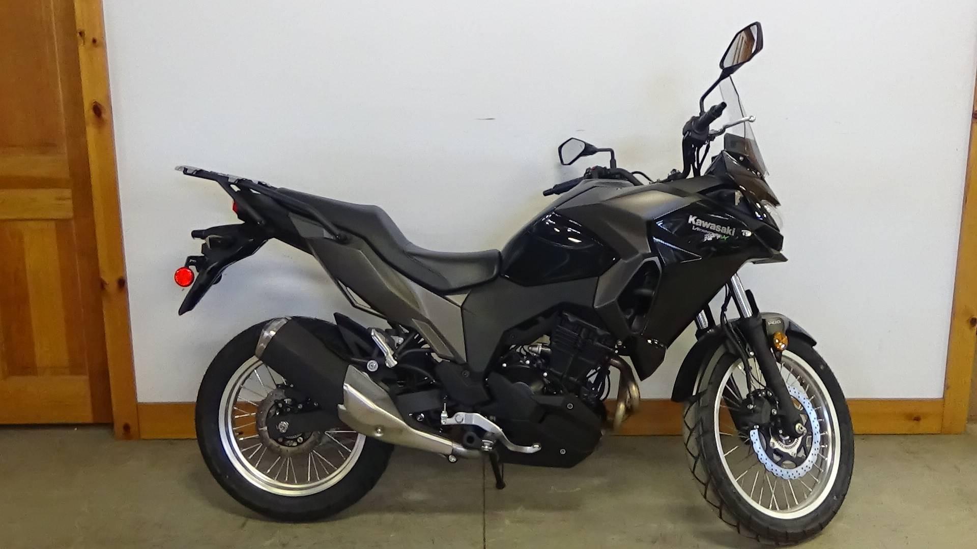 2018 Kawasaki Versys-X 300 ABS 1
