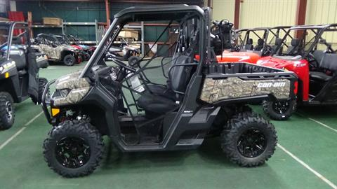 2019 Can-Am Defender Mossy Oak Hunting Edition HD10 in Bennington, Vermont - Photo 1