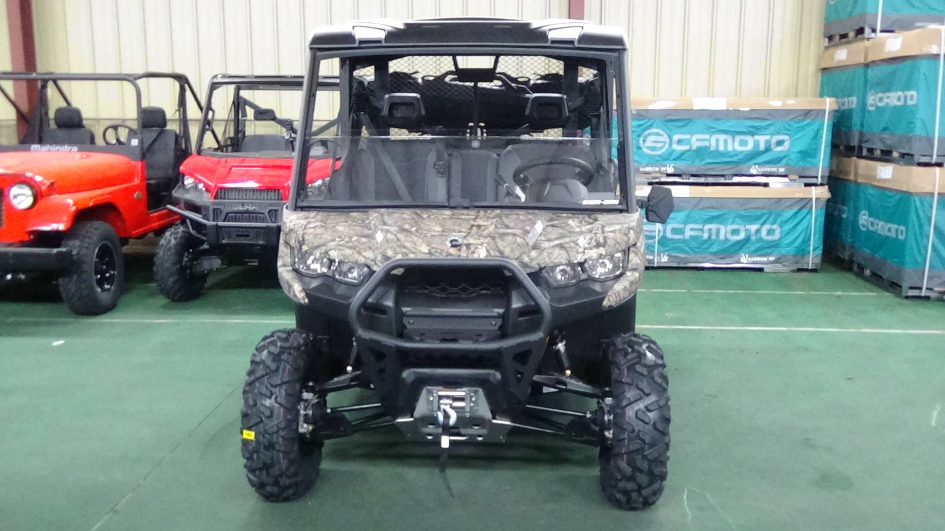 2019 Can-Am Defender Mossy Oak Hunting Edition HD10 in Bennington, Vermont - Photo 2