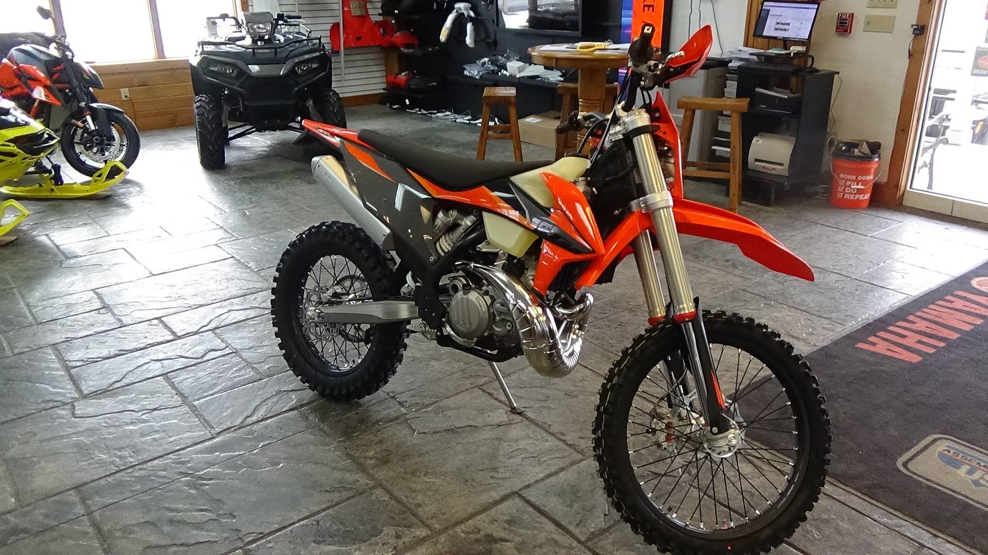 2021 KTM 300 XC-W TPI in Bennington, Vermont - Photo 6