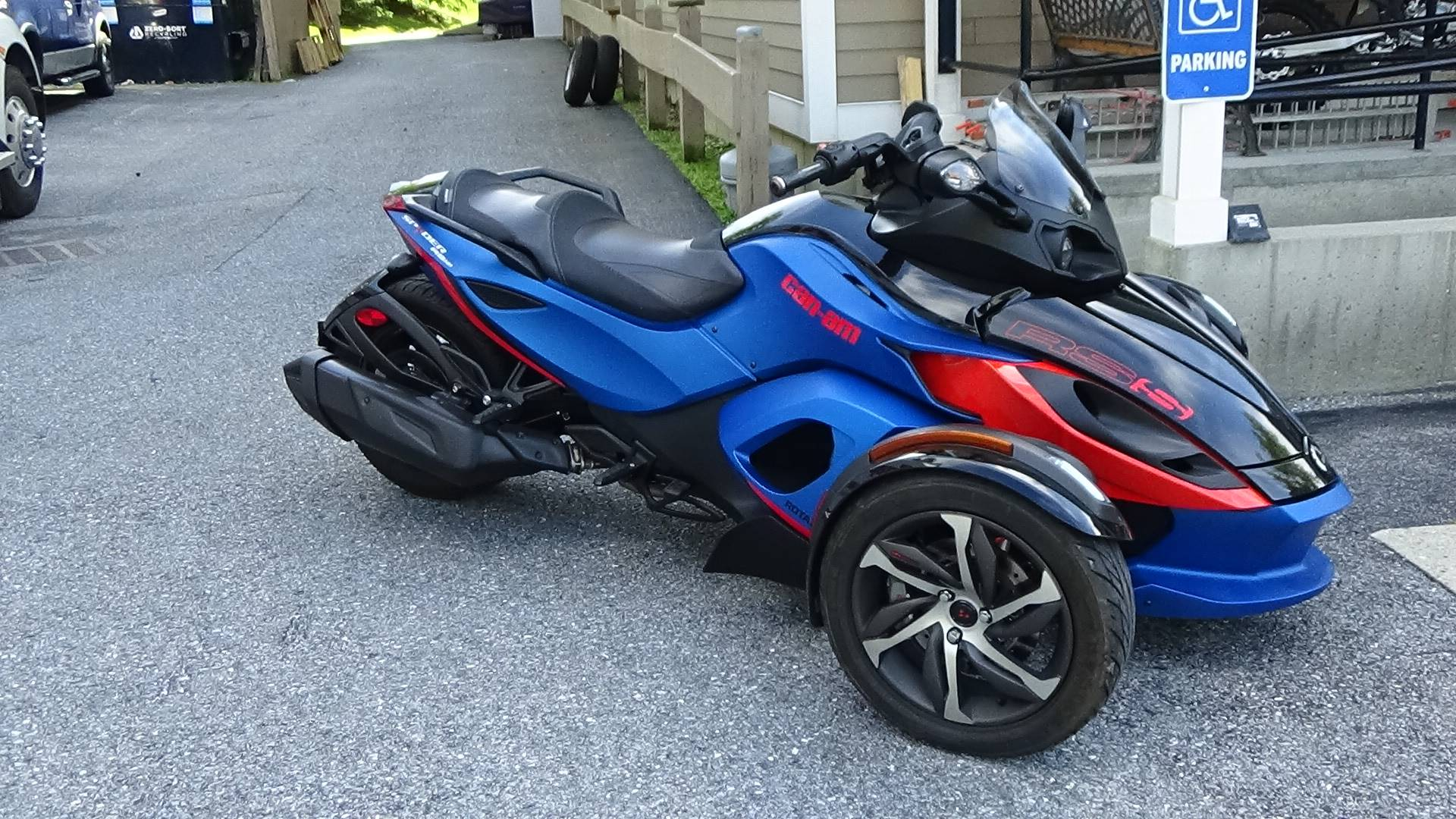 2015 Can-Am Spyder® RS-S SE5 in Bennington, Vermont - Photo 4