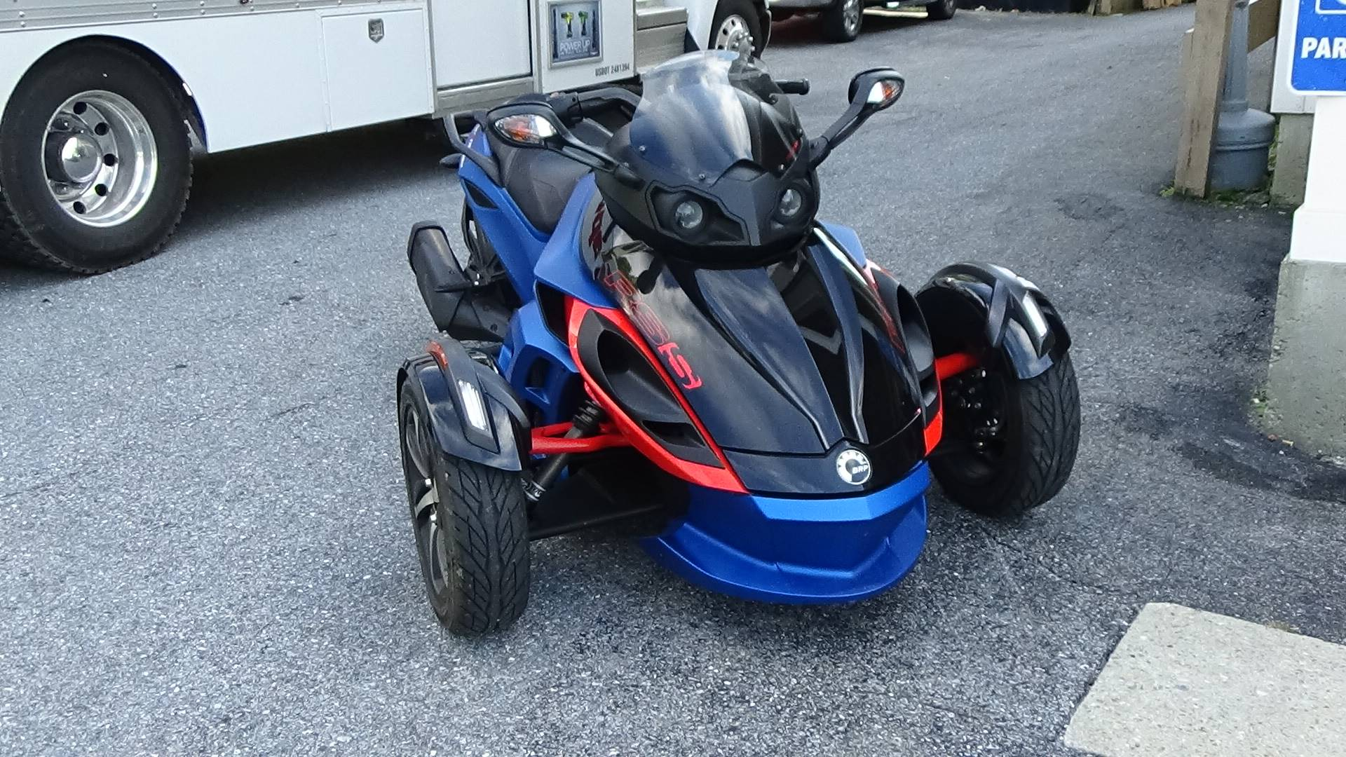 2015 Can-Am Spyder® RS-S SE5 in Bennington, Vermont - Photo 6