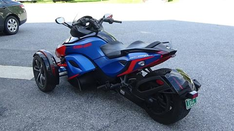 2015 Can-Am Spyder® RS-S SE5 in Bennington, Vermont - Photo 9
