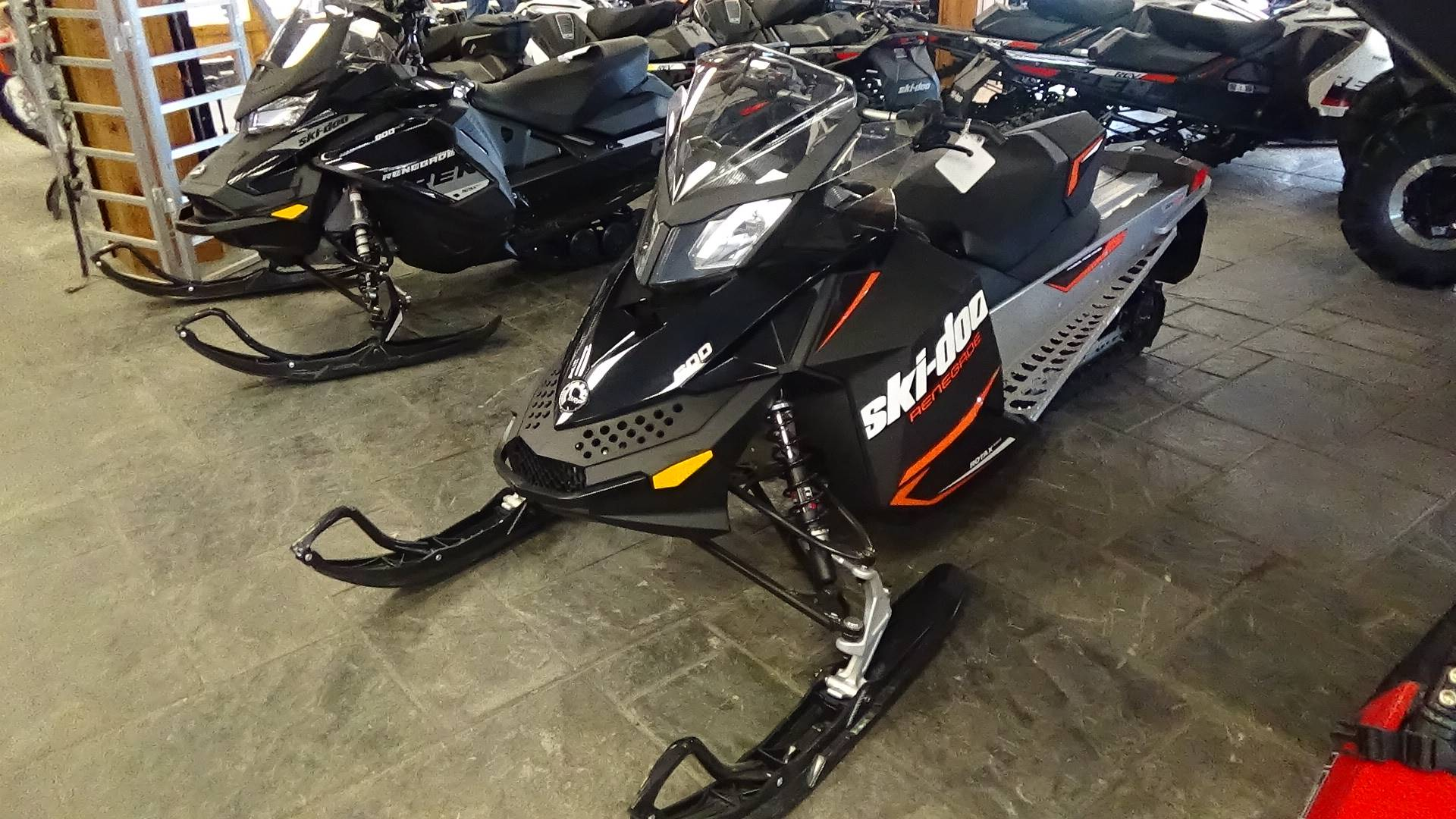 2019 Ski-Doo Renegade Sport 600 Carb in Bennington, Vermont - Photo 3