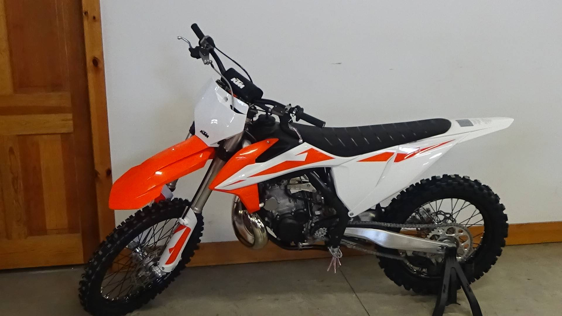 2019 KTM 250 SX in Bennington, Vermont - Photo 2