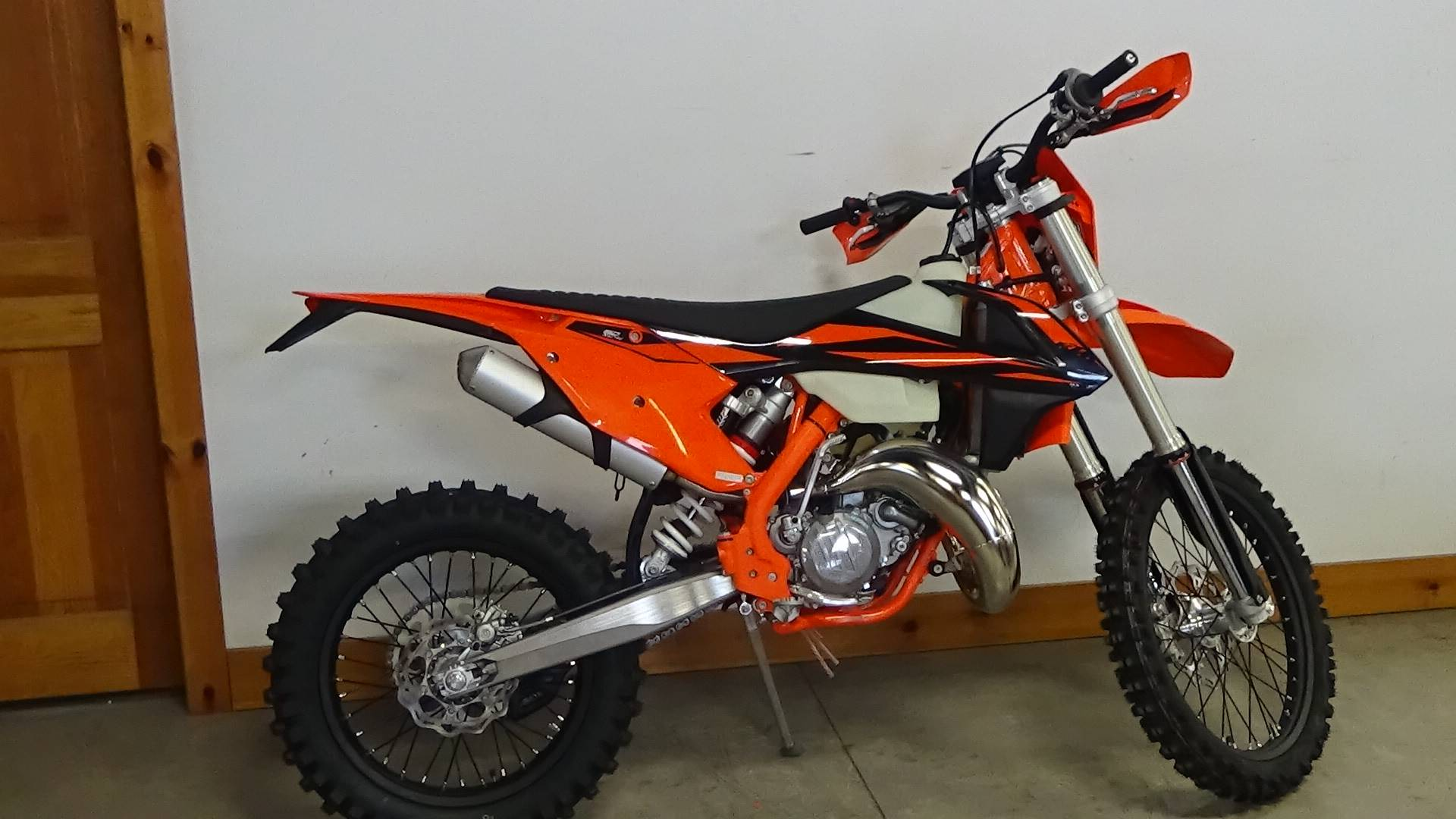 2019 KTM 150 XC-W in Bennington, Vermont - Photo 2