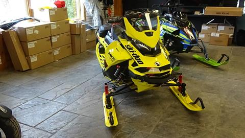 2020 Ski-Doo MXZ X-RS 600R E-TEC ES Adj. Pkg. Ripsaw 1.25 in Bennington, Vermont - Photo 4