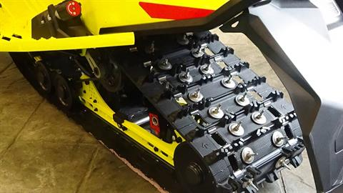 2020 Ski-Doo MXZ X-RS 600R E-TEC ES Adj. Pkg. Ripsaw 1.25 in Bennington, Vermont - Photo 6