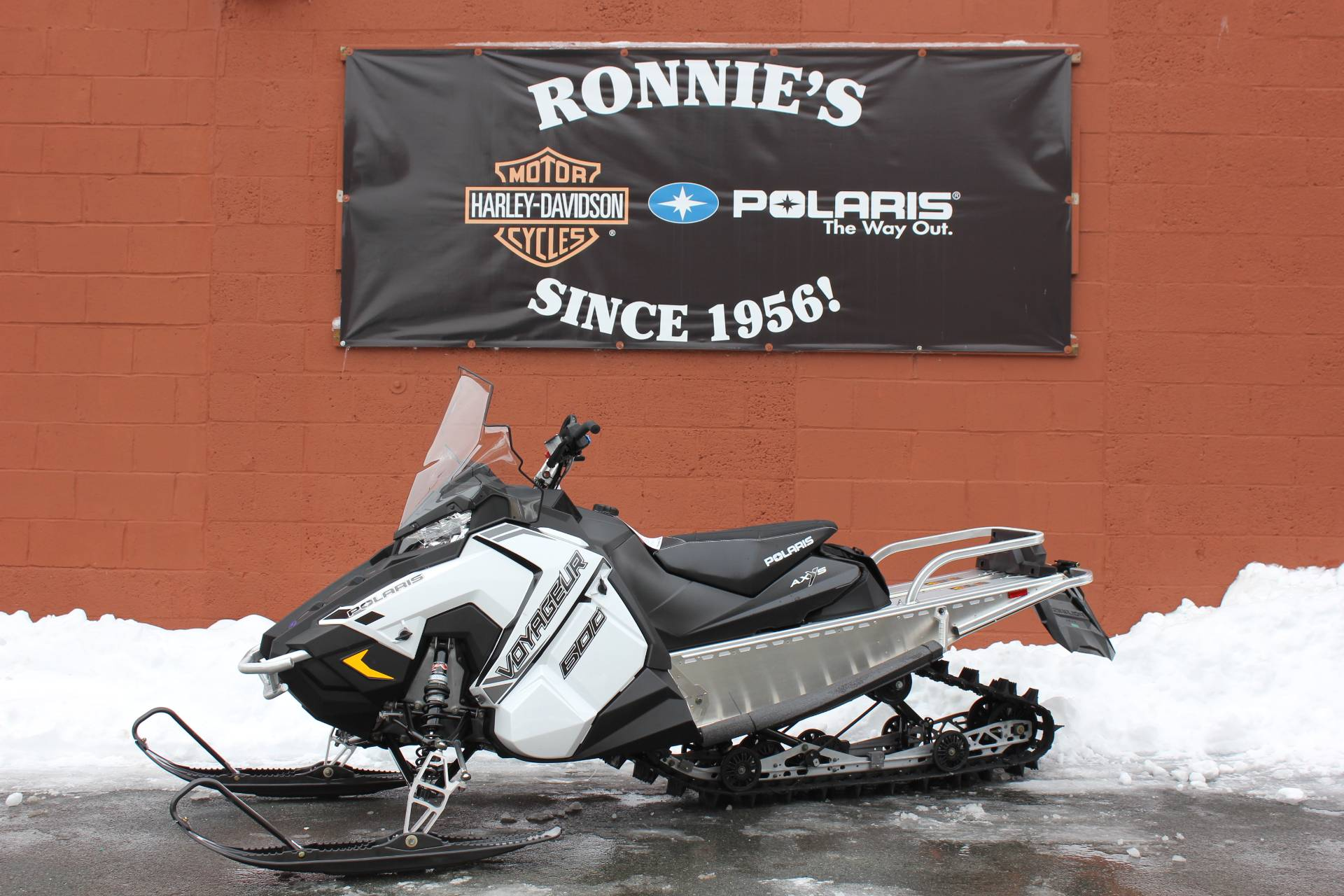 2020 Polaris 600 Voyageur 144 ES in Pittsfield, Massachusetts - Photo 1