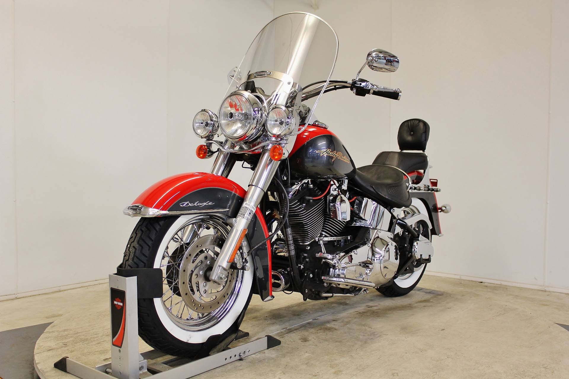 2006 Harley-Davidson Softail® Deluxe in Pittsfield, Massachusetts