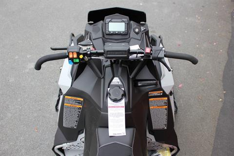 2020 Polaris 600 Switchback XCR SC in Pittsfield, Massachusetts - Photo 4