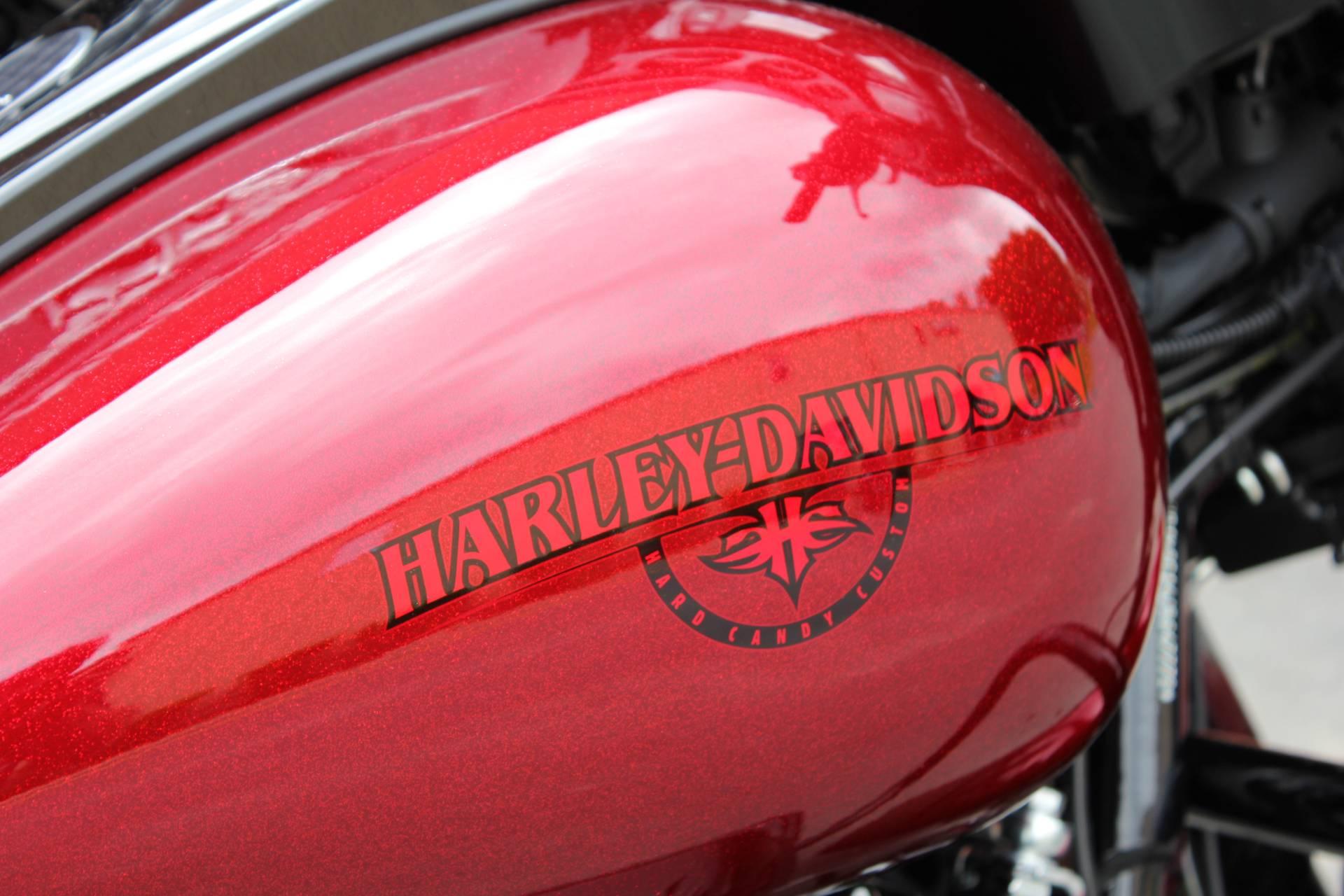 2018 Harley-Davidson Street Glide Special 3