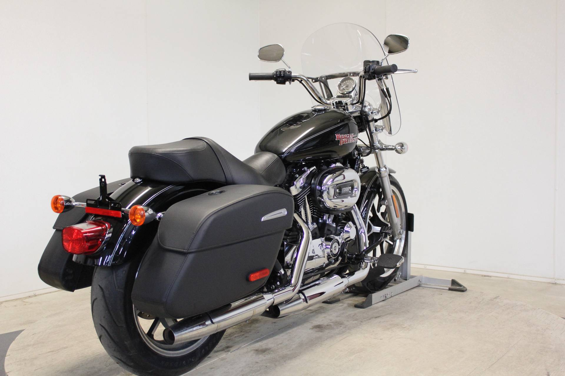 2016 Harley-Davidson SuperLow® 1200T in Pittsfield, Massachusetts - Photo 8