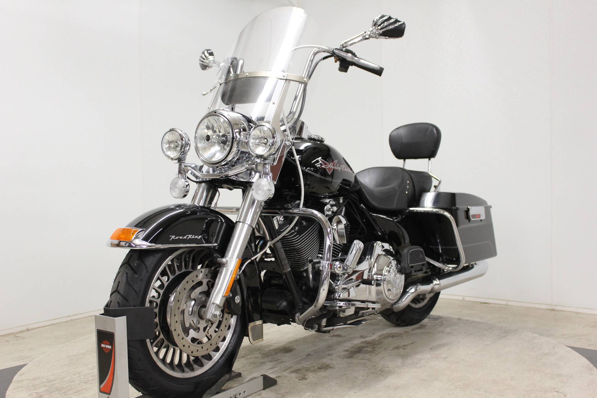 2009 Harley-Davidson Road King® in Pittsfield, Massachusetts - Photo 4