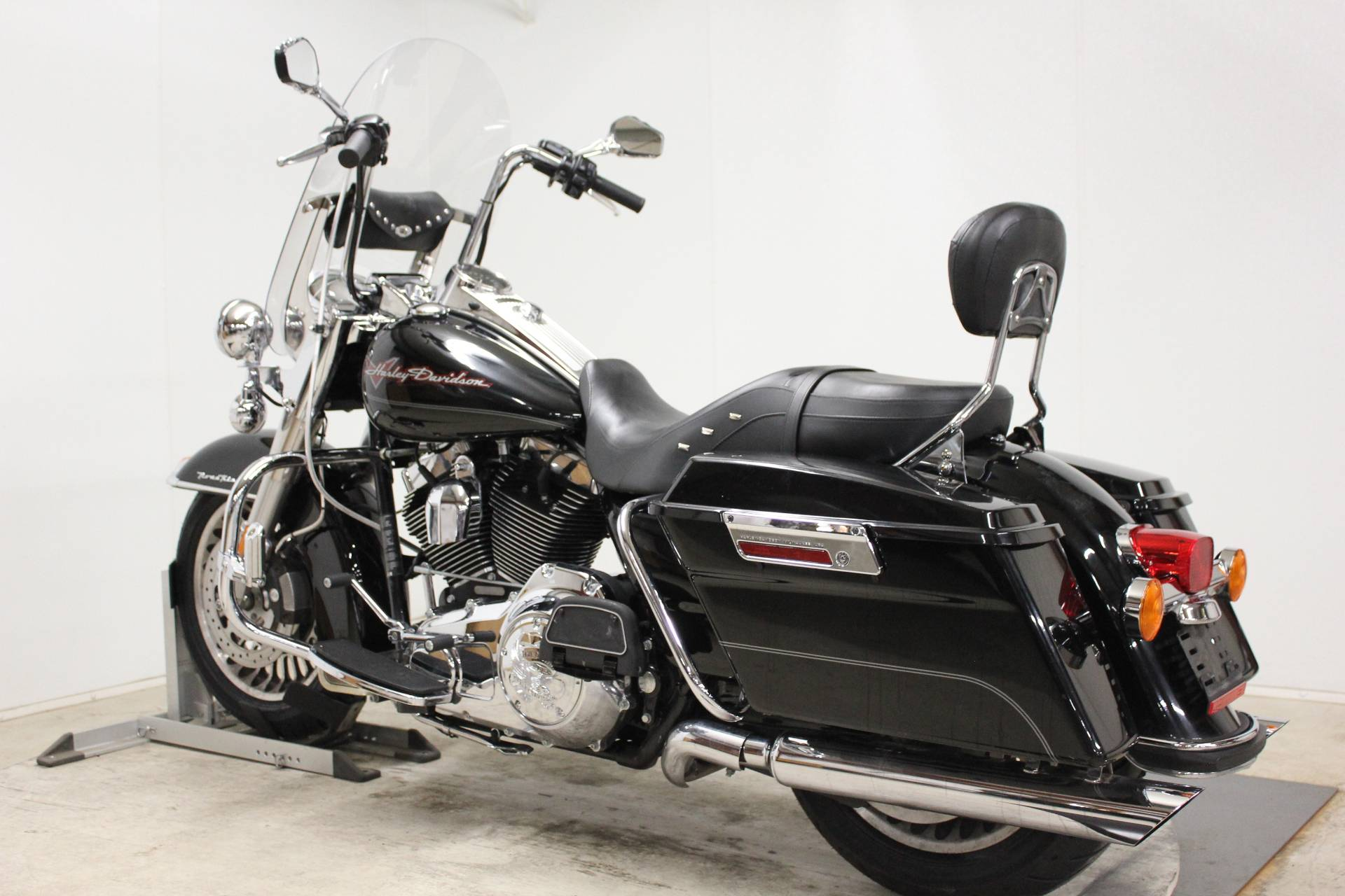 2009 Harley-Davidson Road King® in Pittsfield, Massachusetts - Photo 6