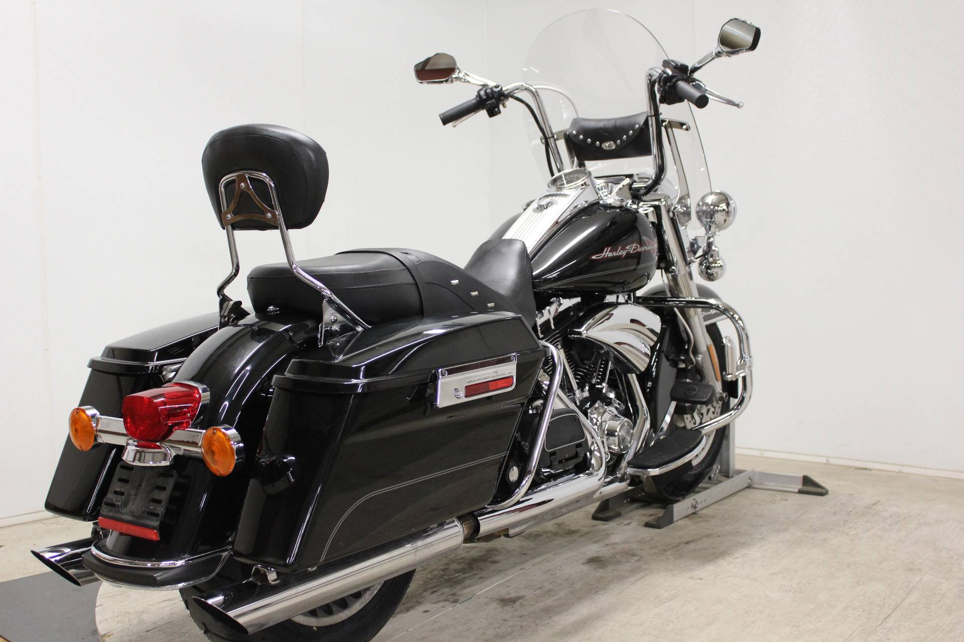 2009 Harley-Davidson Road King® in Pittsfield, Massachusetts - Photo 8