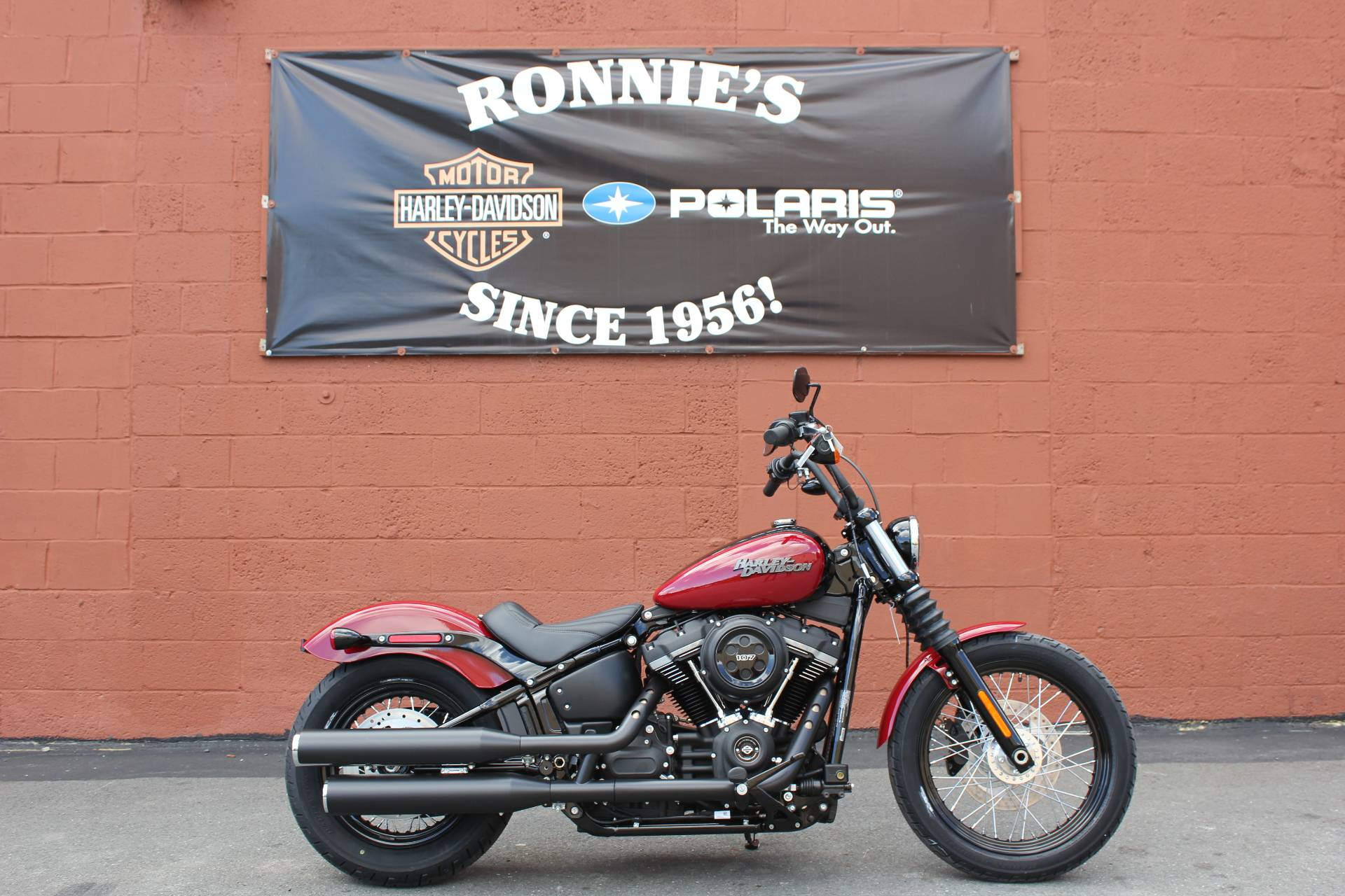 2020 Harley-Davidson Street Bob® in Pittsfield, Massachusetts - Photo 3