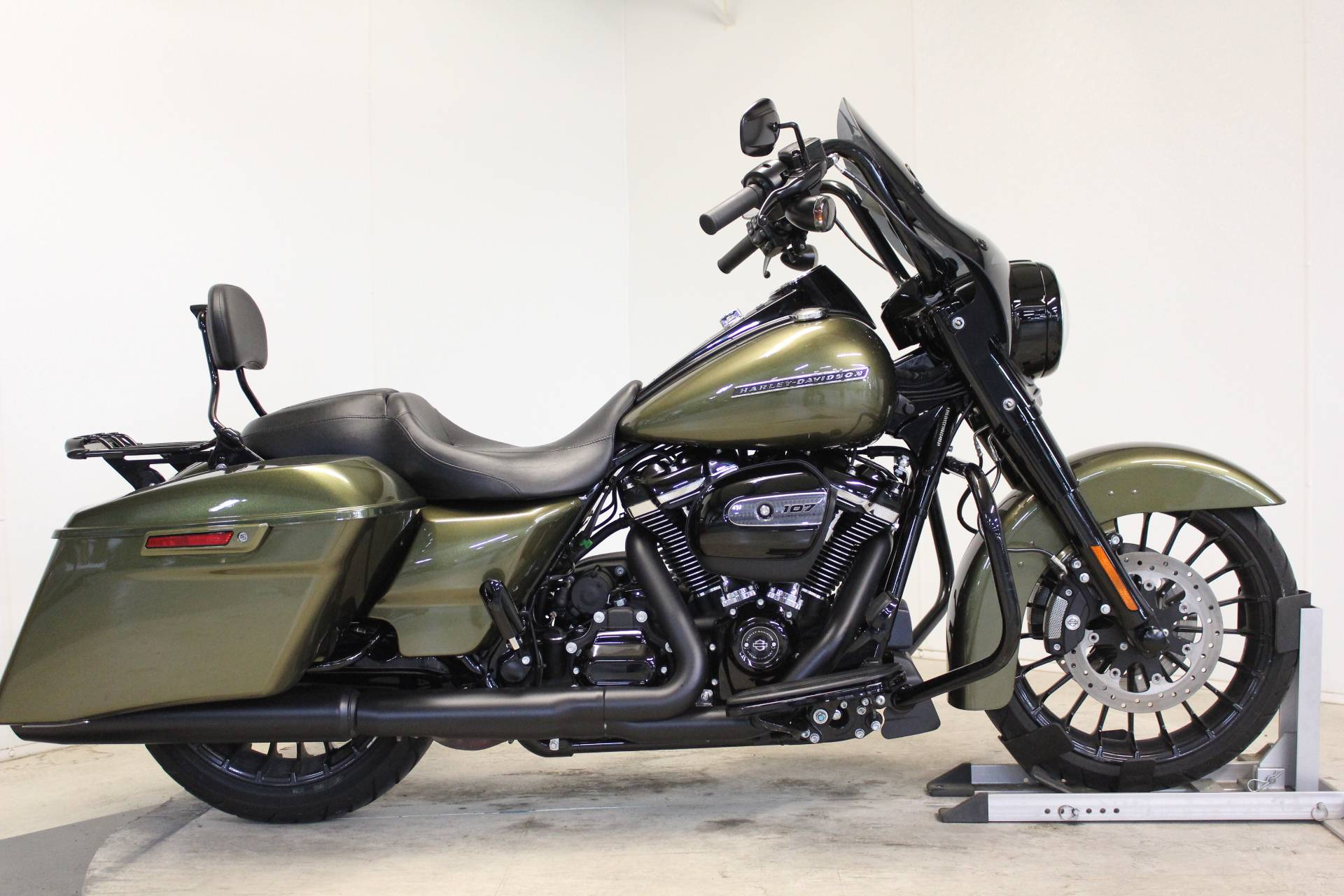 2017 Harley-Davidson Road King® Special in Pittsfield, Massachusetts - Photo 1