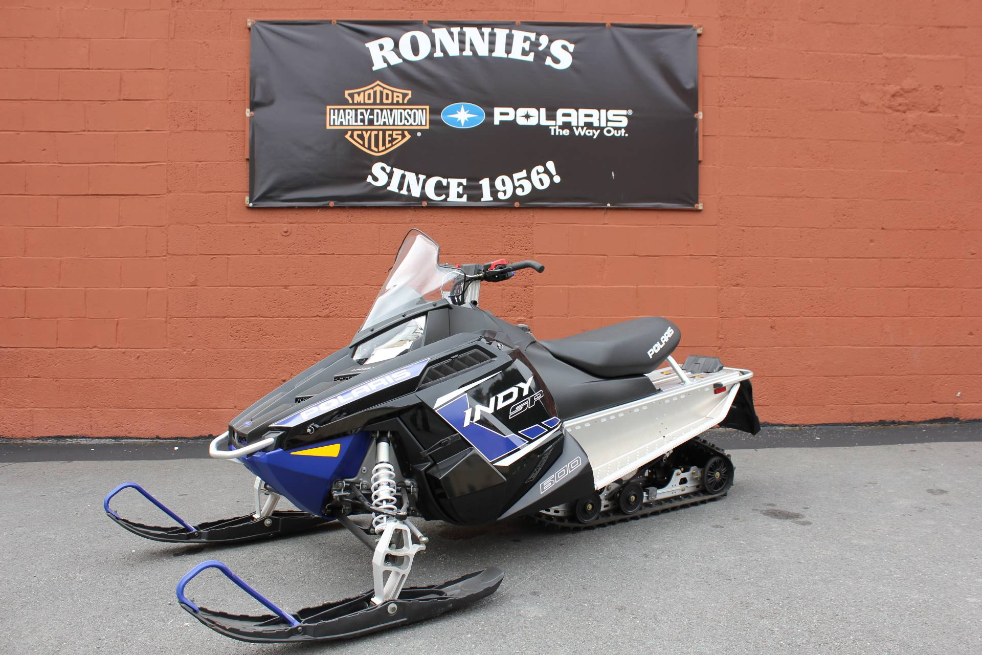 2018 Polaris 600 INDY SP ES in Pittsfield, Massachusetts - Photo 1