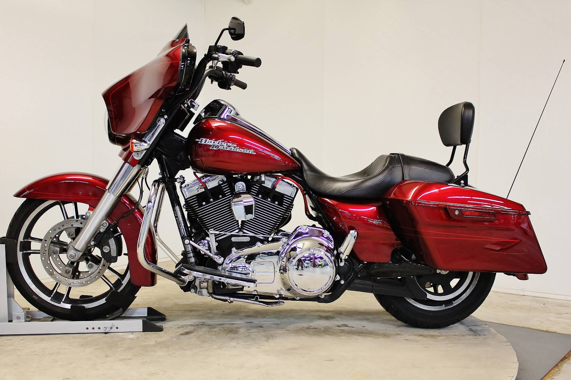 2016 Harley-Davidson Street Glide® Special in Pittsfield, Massachusetts