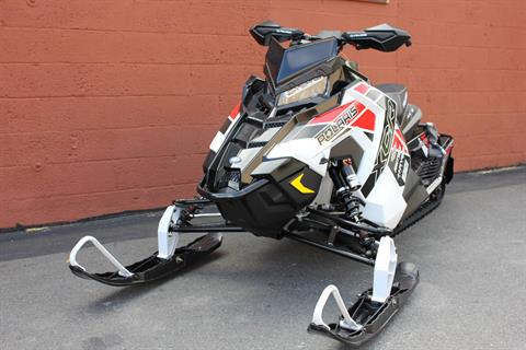 2019 Polaris 600 Switchback XCR 136 SnowCheck Select in Pittsfield, Massachusetts - Photo 2