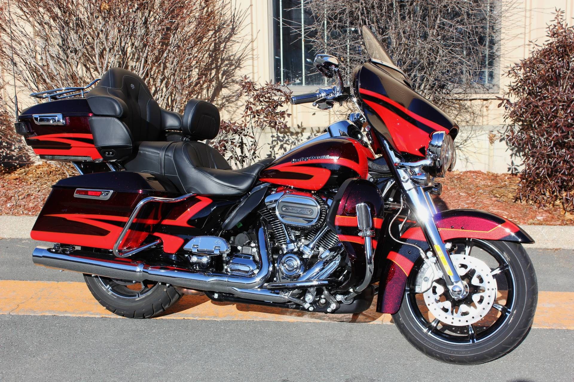 2017 Harley Davidson Cvo Limited In Pittsfield Machusetts