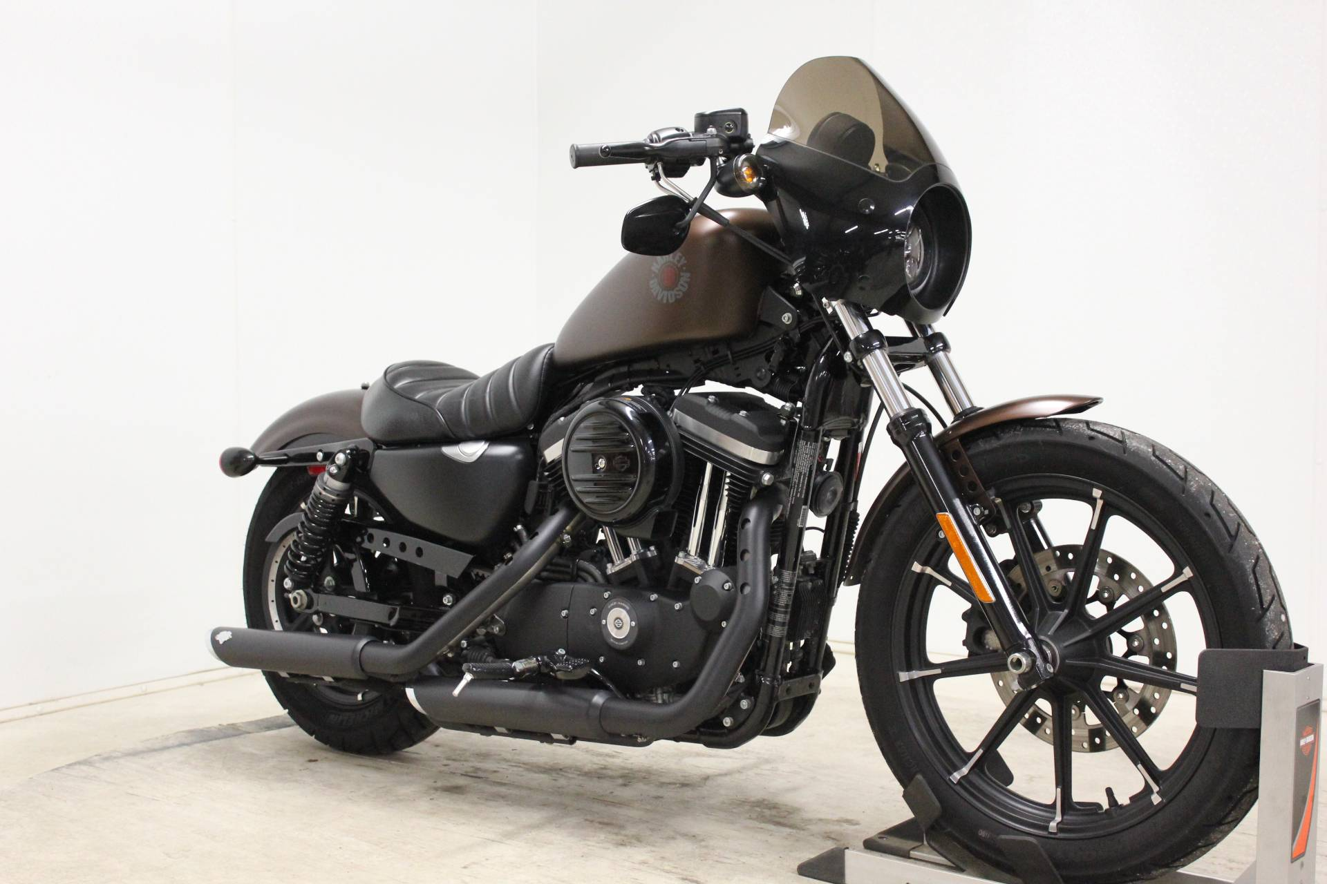 2019 Harley-Davidson Iron 883™ in Pittsfield, Massachusetts - Photo 2