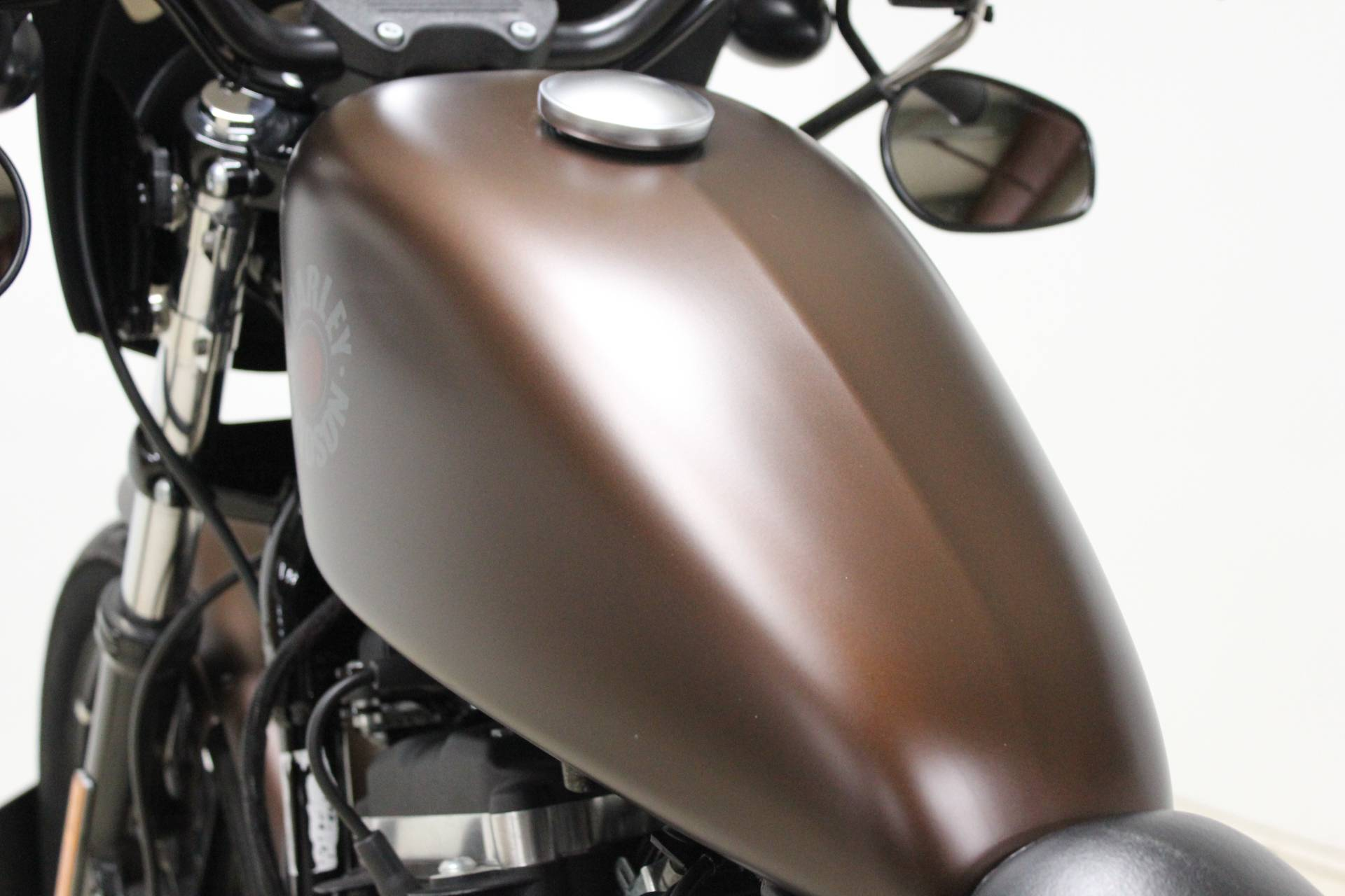 2019 Harley-Davidson Iron 883™ in Pittsfield, Massachusetts - Photo 16