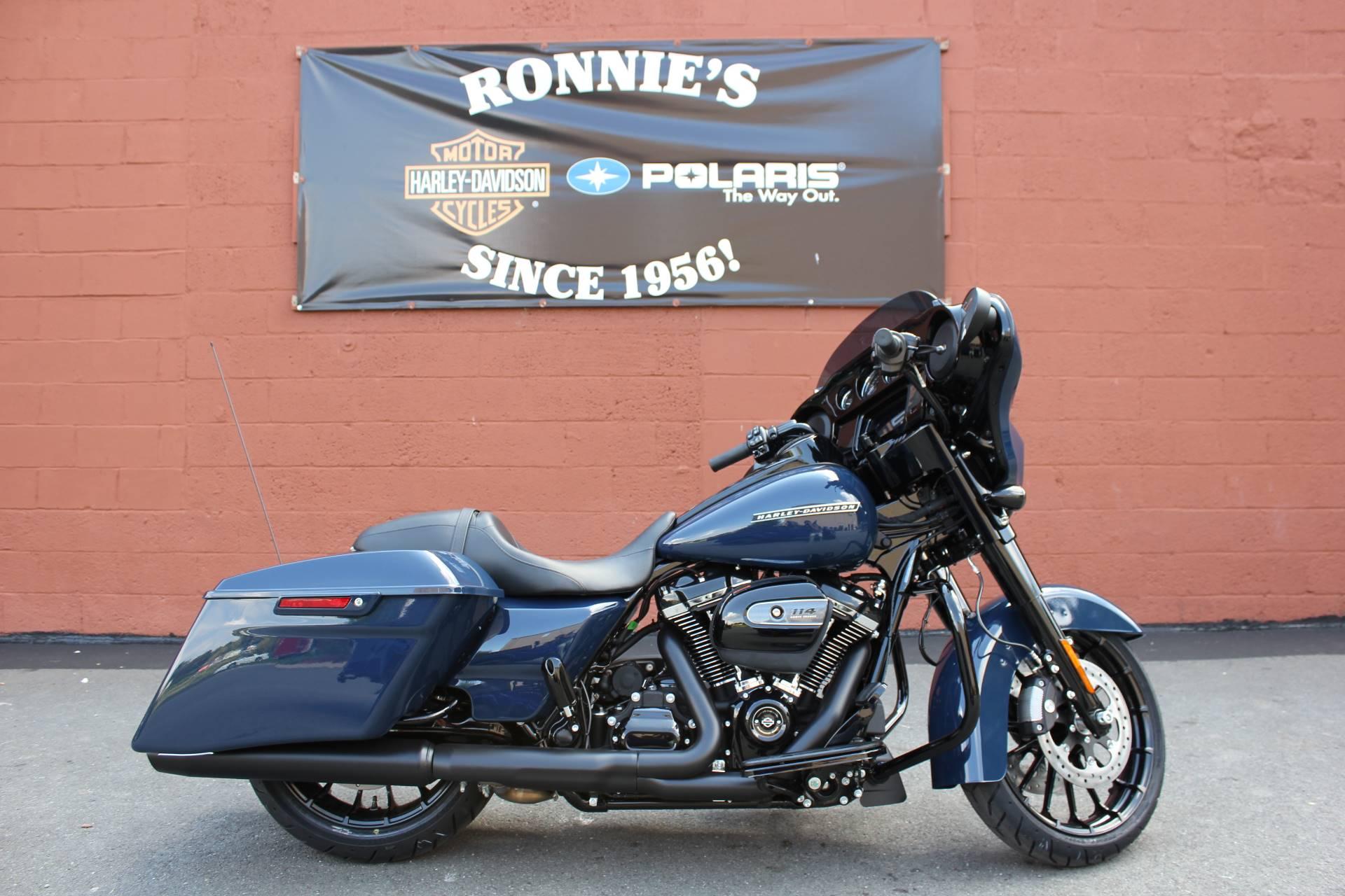 2019 Harley-Davidson Street Glide® Special in Pittsfield, Massachusetts