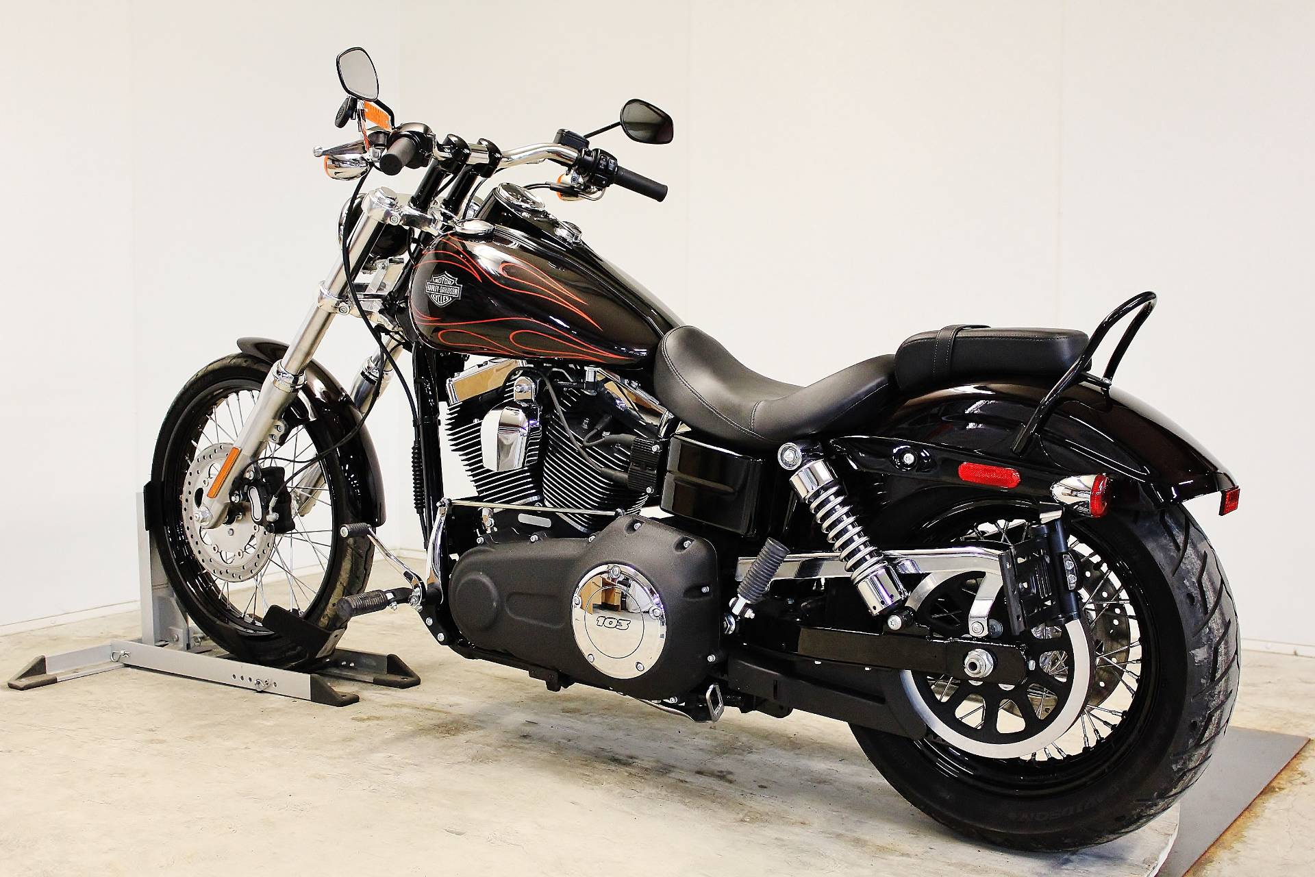 2014 Harley-Davidson Dyna® Wide Glide® in Pittsfield, Massachusetts