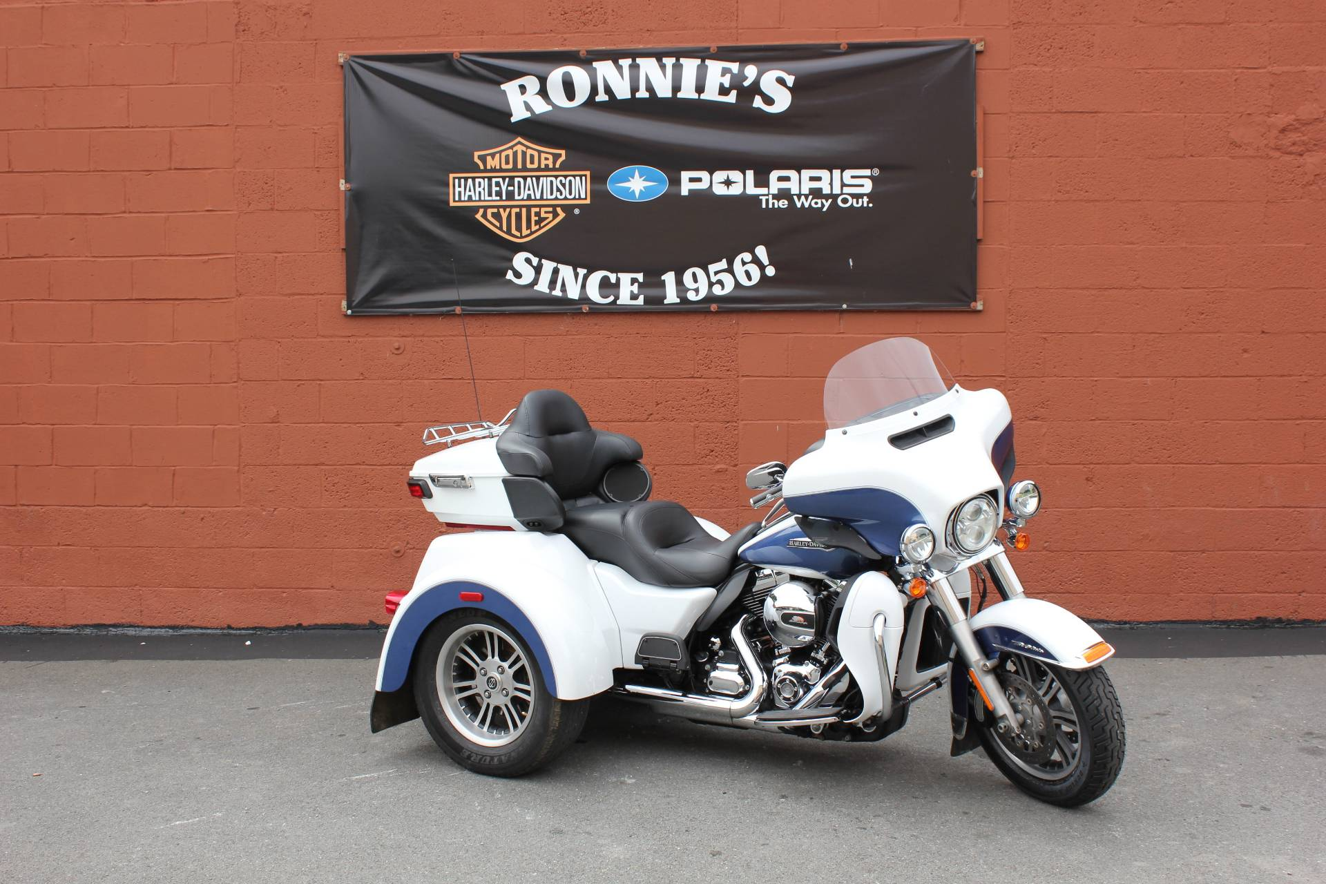 Used 2015 Harley Davidson Tri Glide Ultra Trikes In Pittsfield Ma Tour Pack Massachusetts