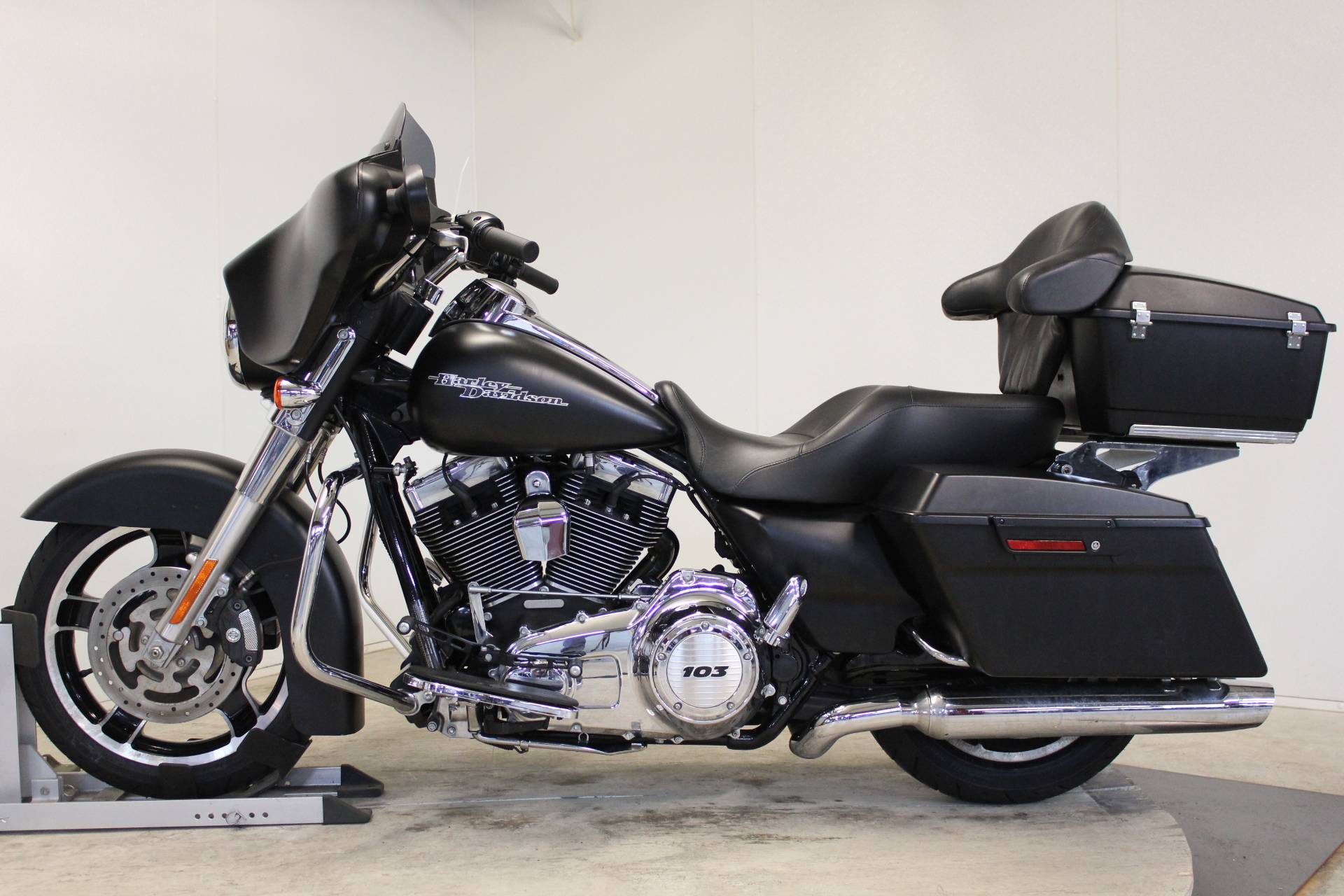 2013 Harley-Davidson Street Glide® in Pittsfield, Massachusetts - Photo 5