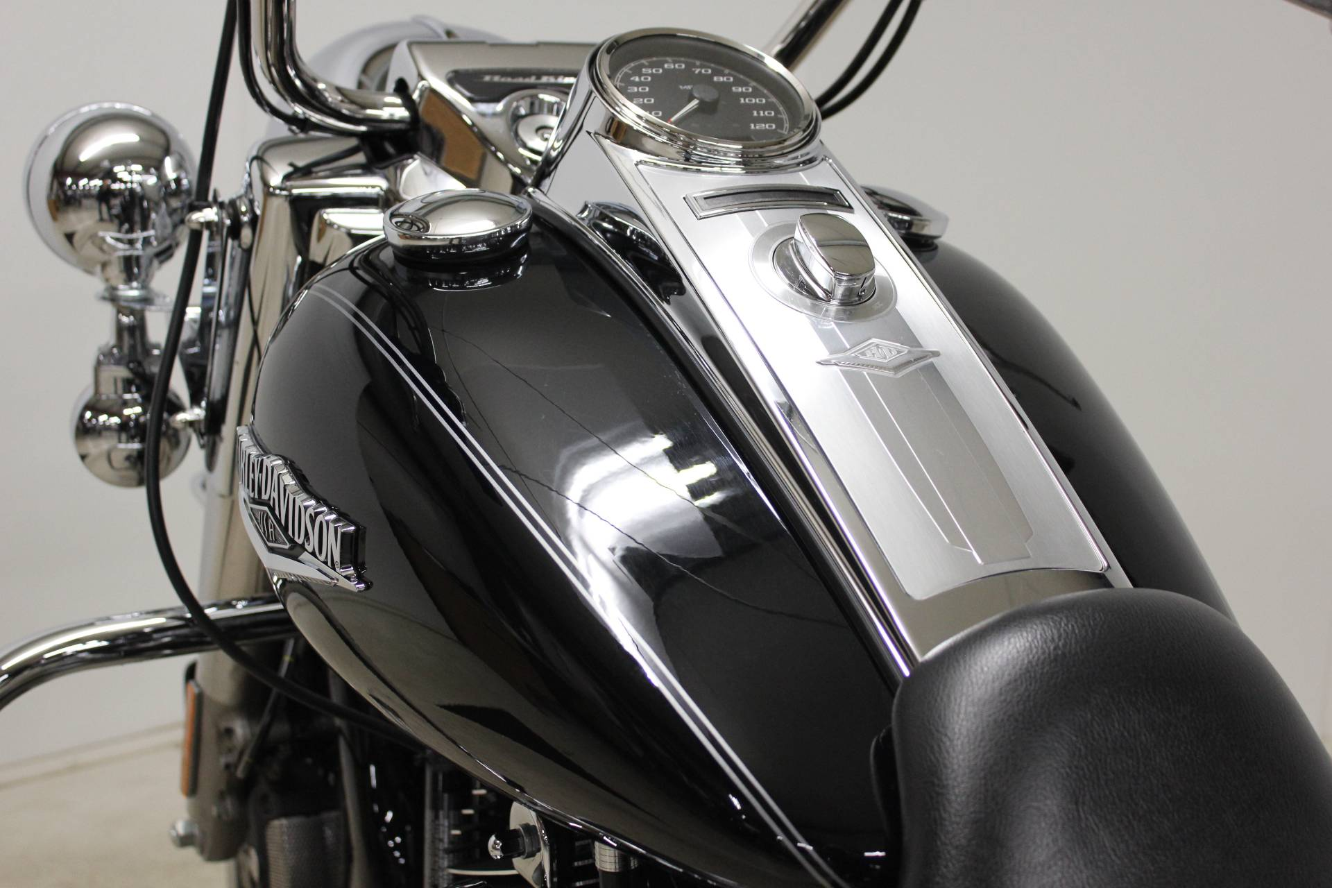 2014 Harley-Davidson Road King® in Pittsfield, Massachusetts - Photo 16