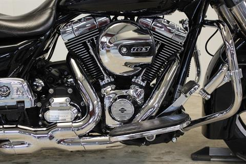 2013 Harley-Davidson Street Glide® in Pittsfield, Massachusetts - Photo 9