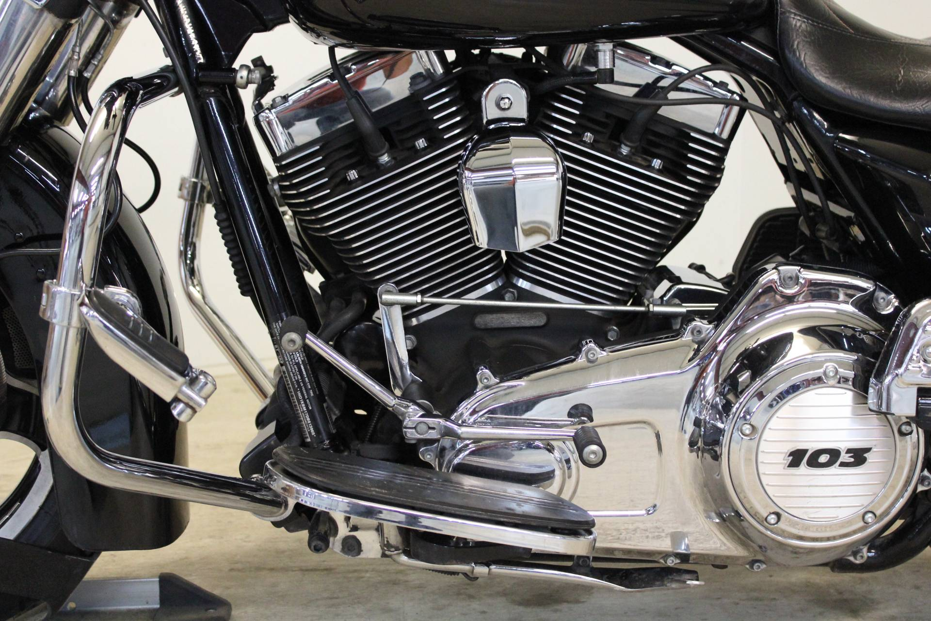 2013 Harley-Davidson Street Glide® in Pittsfield, Massachusetts - Photo 13