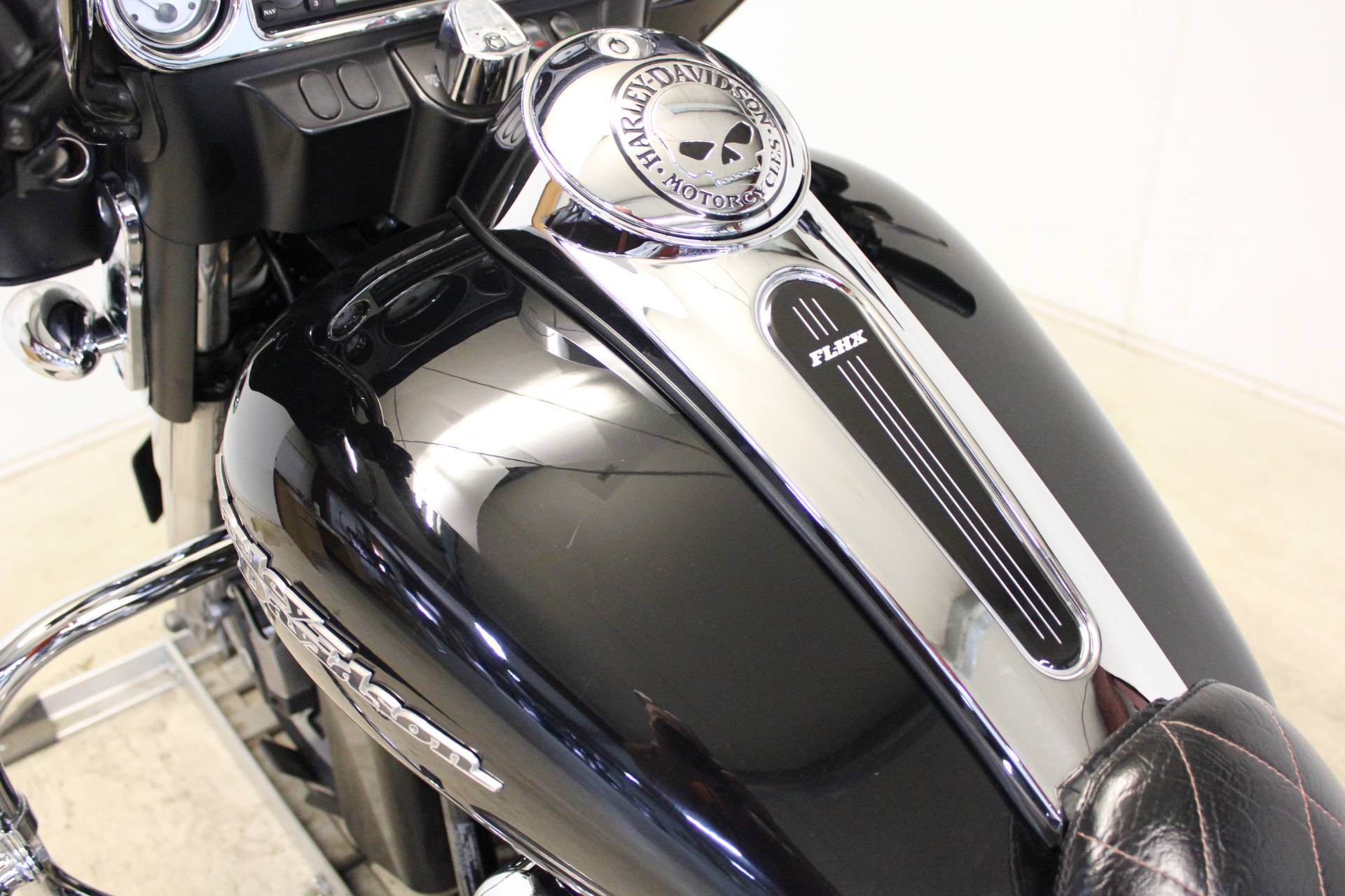 2013 Harley-Davidson Street Glide® in Pittsfield, Massachusetts - Photo 16