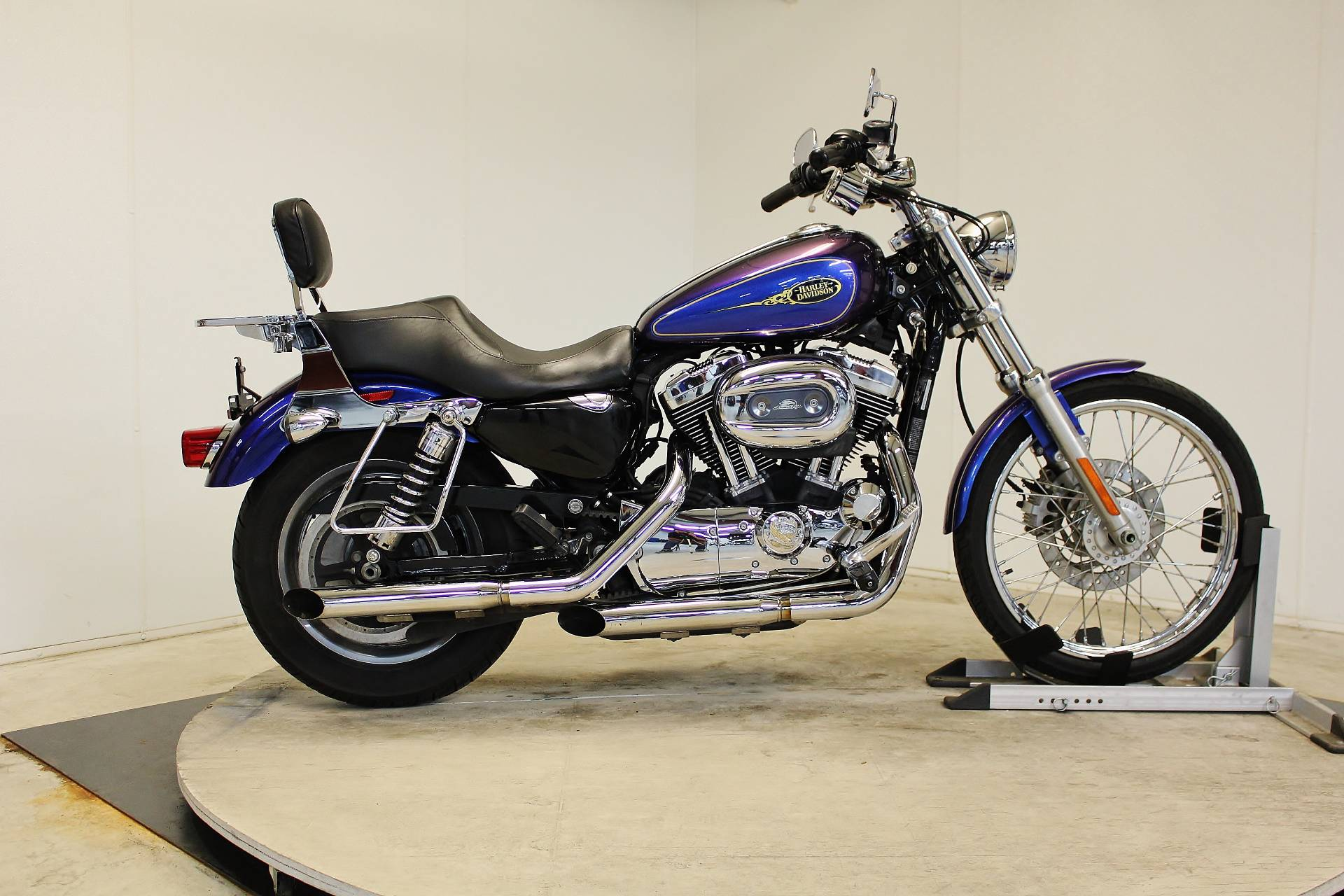 used 2009 harley-davidson sportster® 1200 custom motorcycles in