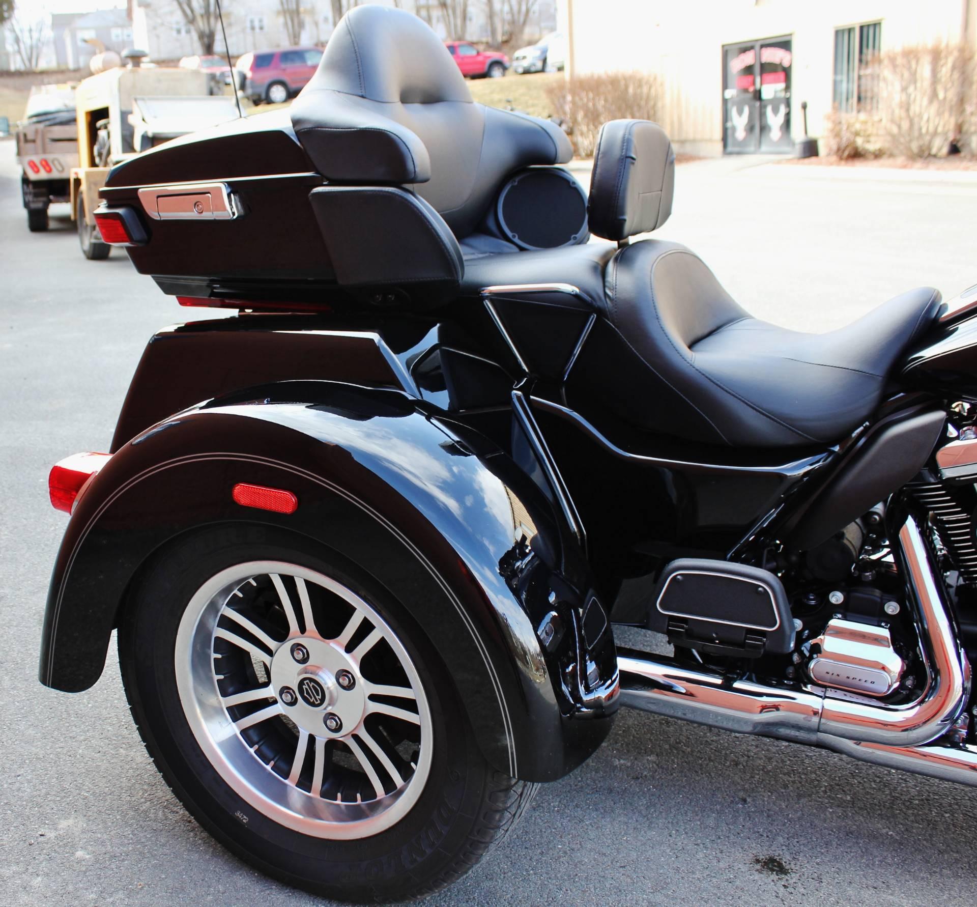 Used 2017 Harley Davidson Tri Glide Ultra Trikes In Adams Ma